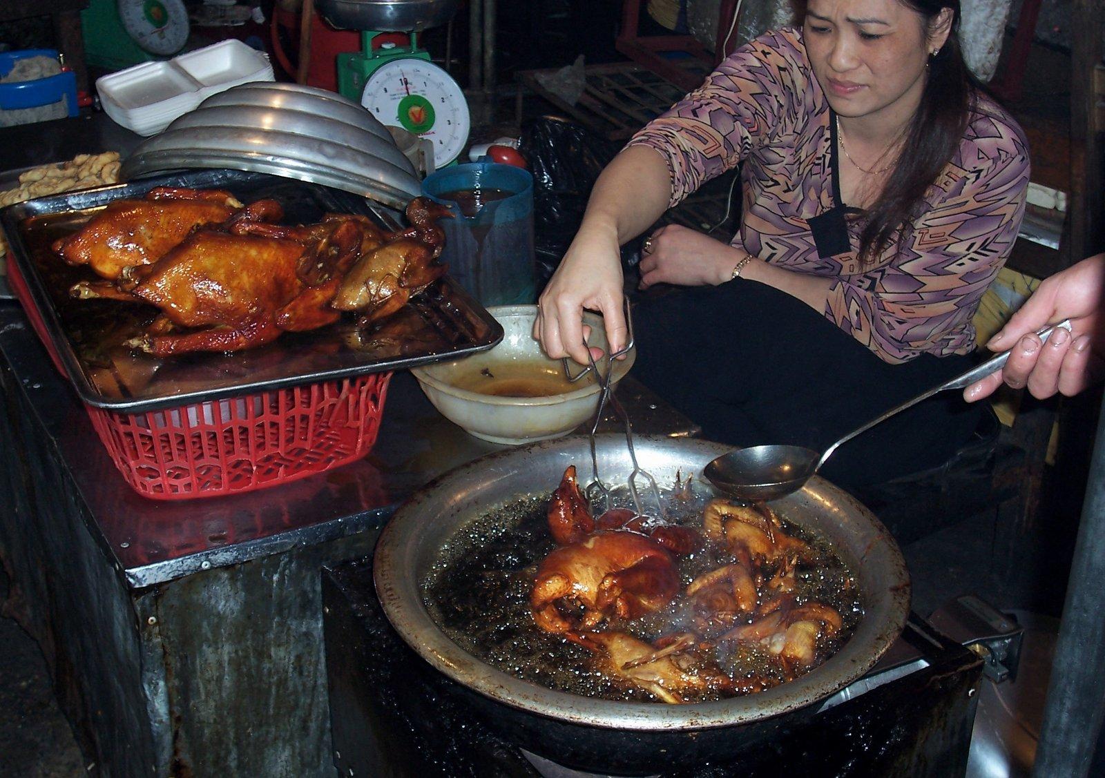 Garküche in Hanoi