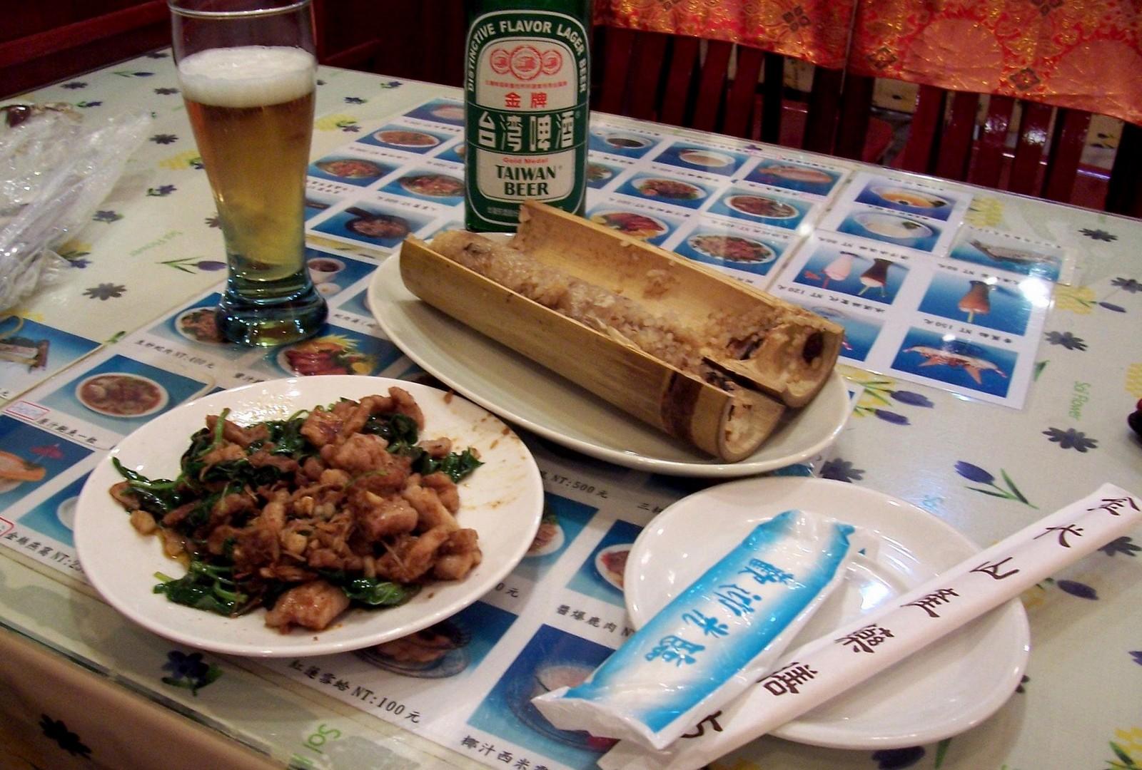 Huaxi Night Market Taipeh - im Schlangenrestaurant