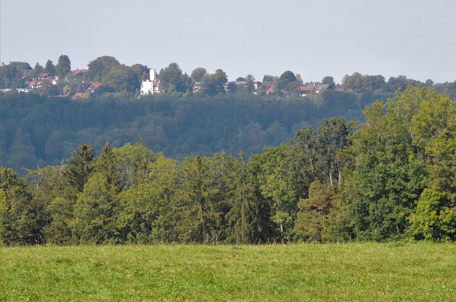 Blick auf Ebenhausen - Grünwald-Rundkurs