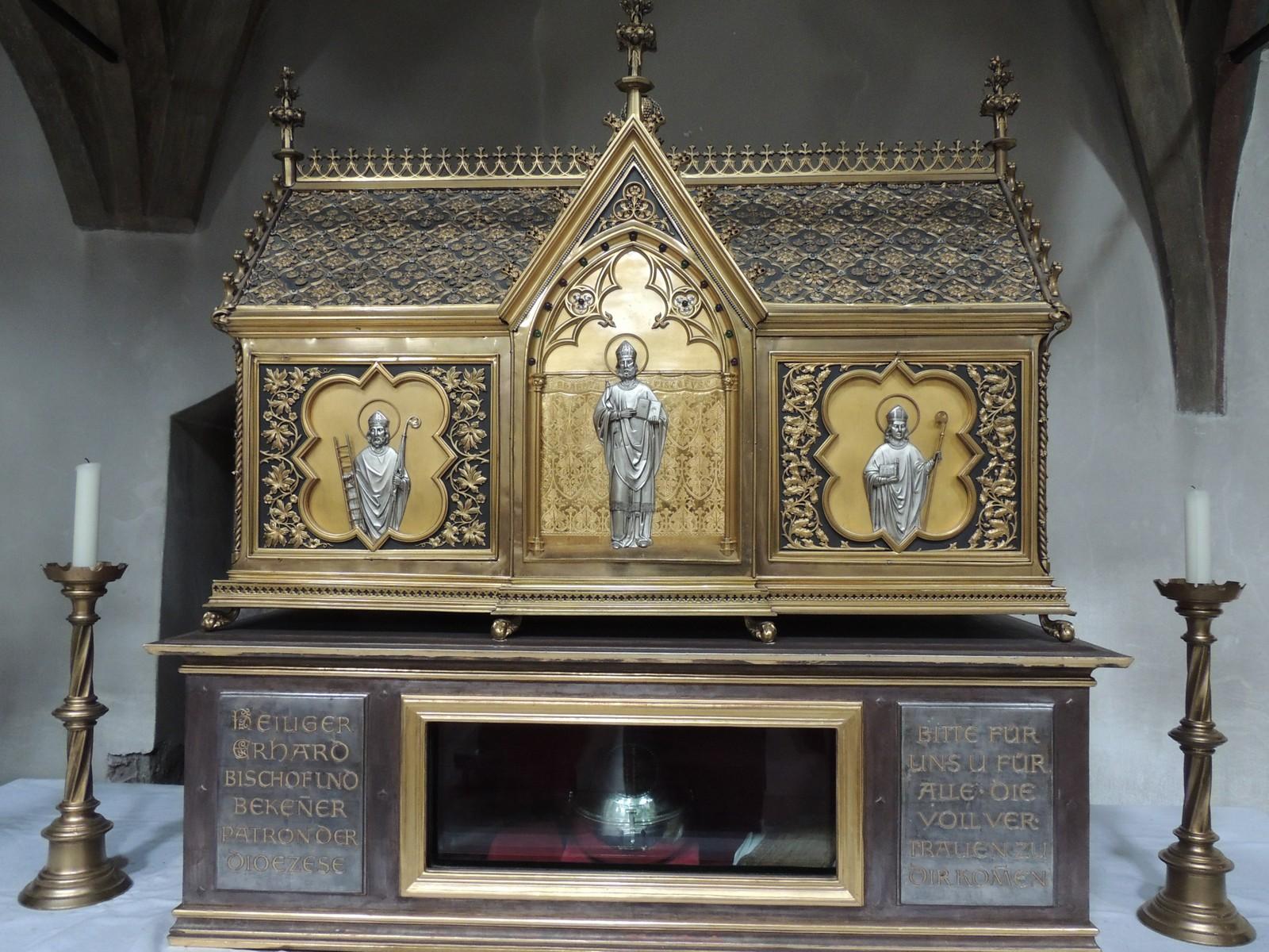 Regensburg - der goldene Schrein des Heiligen Erhard