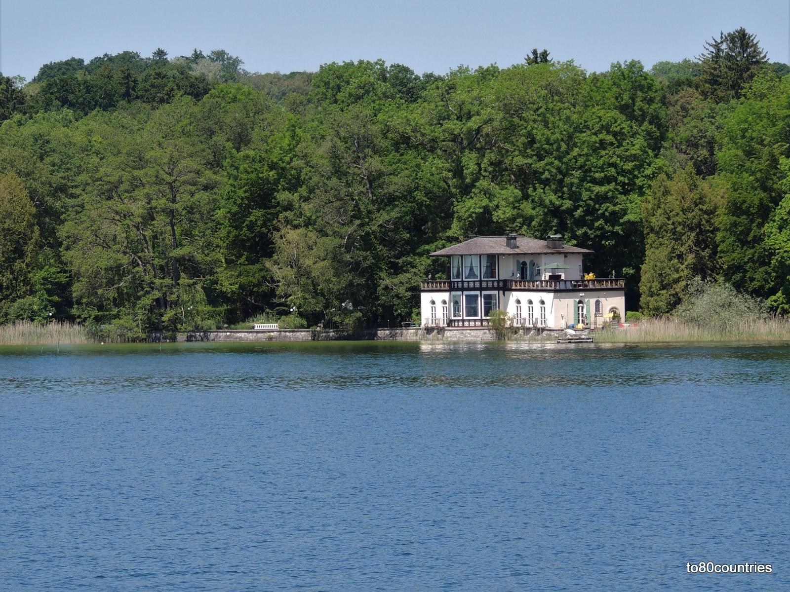 Starnberger See - Bernrieder Park mit dem Teehaus