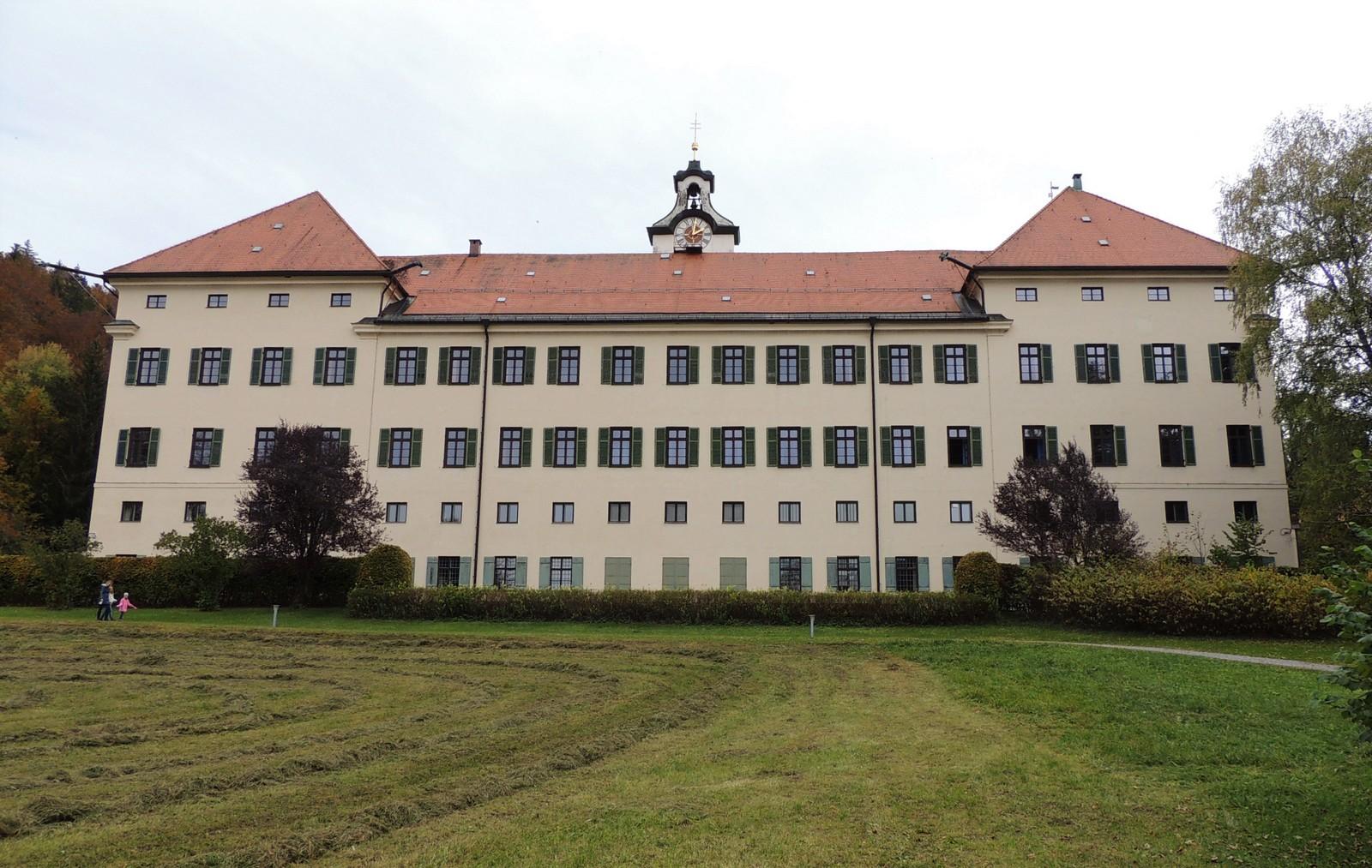 Schloss Hohenburg im Tölzer Land