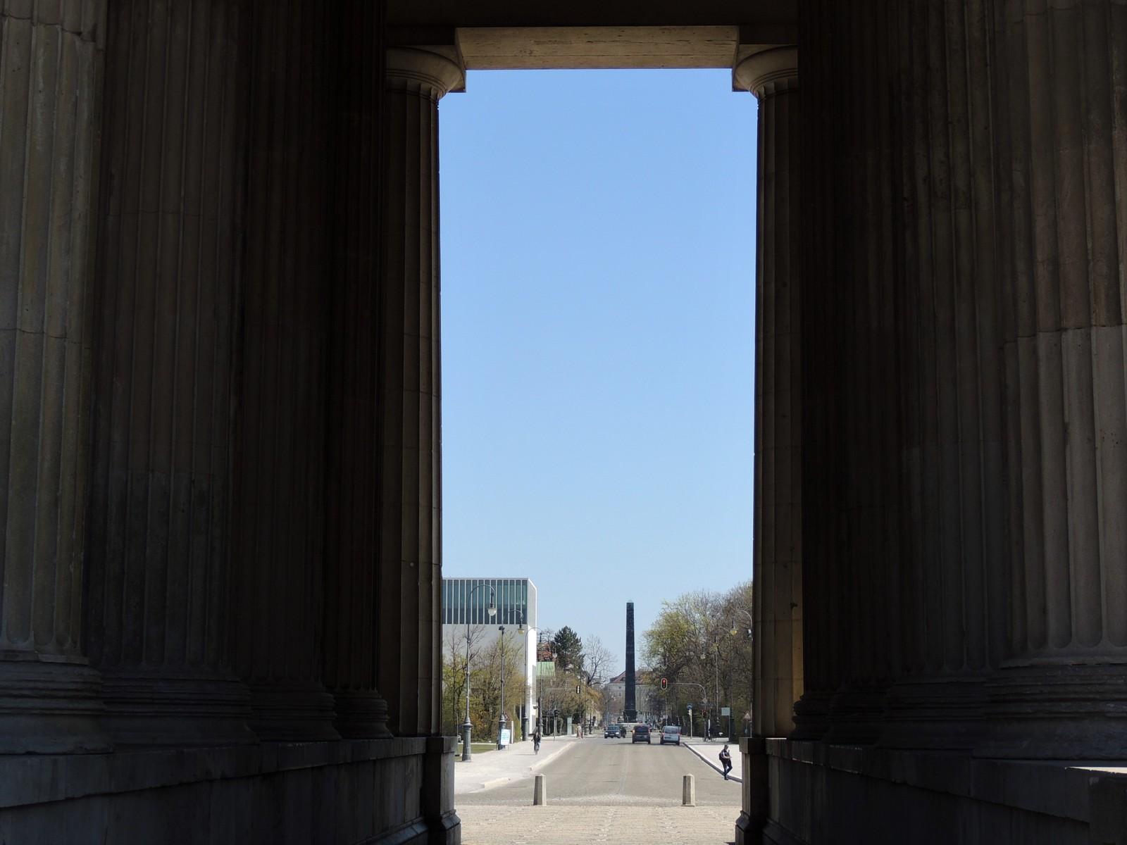 Propyläen - im Auftrag von Ludwig I. durch Leo von Klenze erbaut