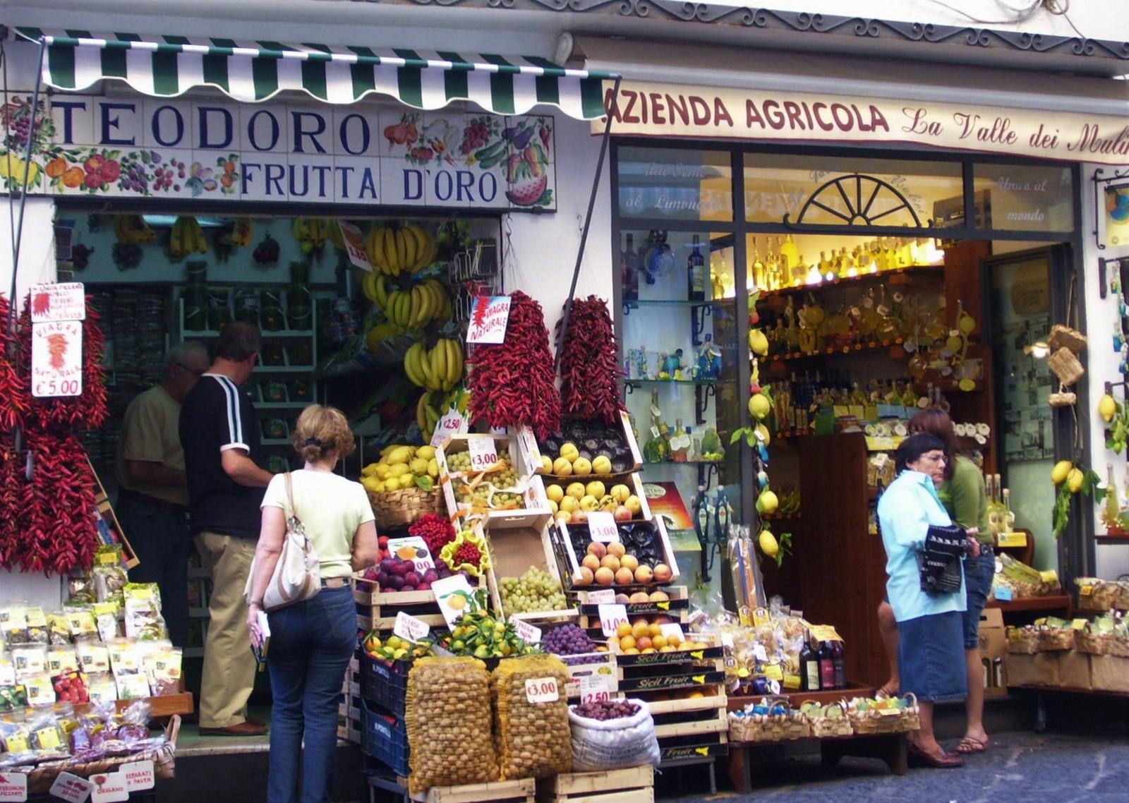 Obst- und Gemüseladen in Amalfi - Amalfitana