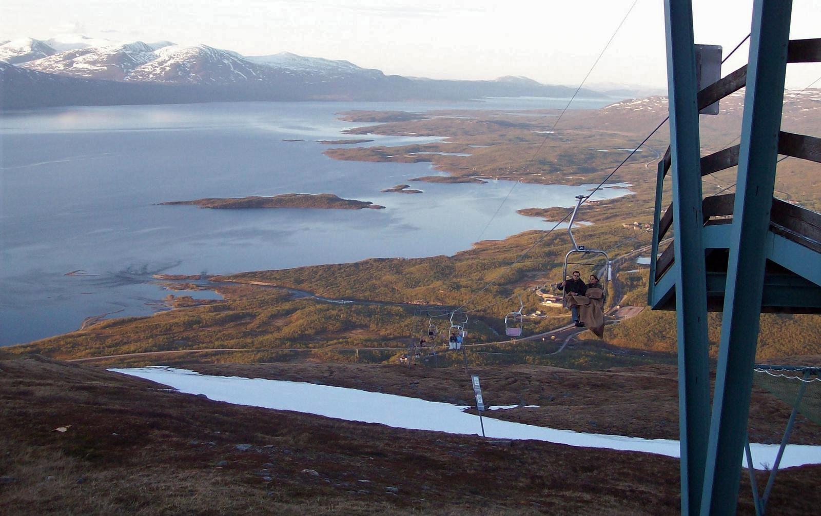 Sessellift auf den Berg Noulja im Abisko Nationalpark - Lappland