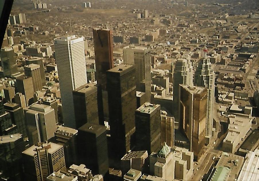 CN-Tower Toronto - Blick auf Downtown