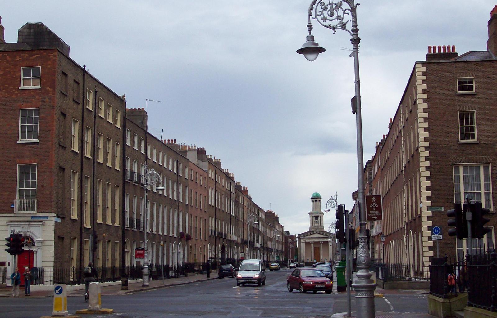 Mount Street mit Stephen's Church