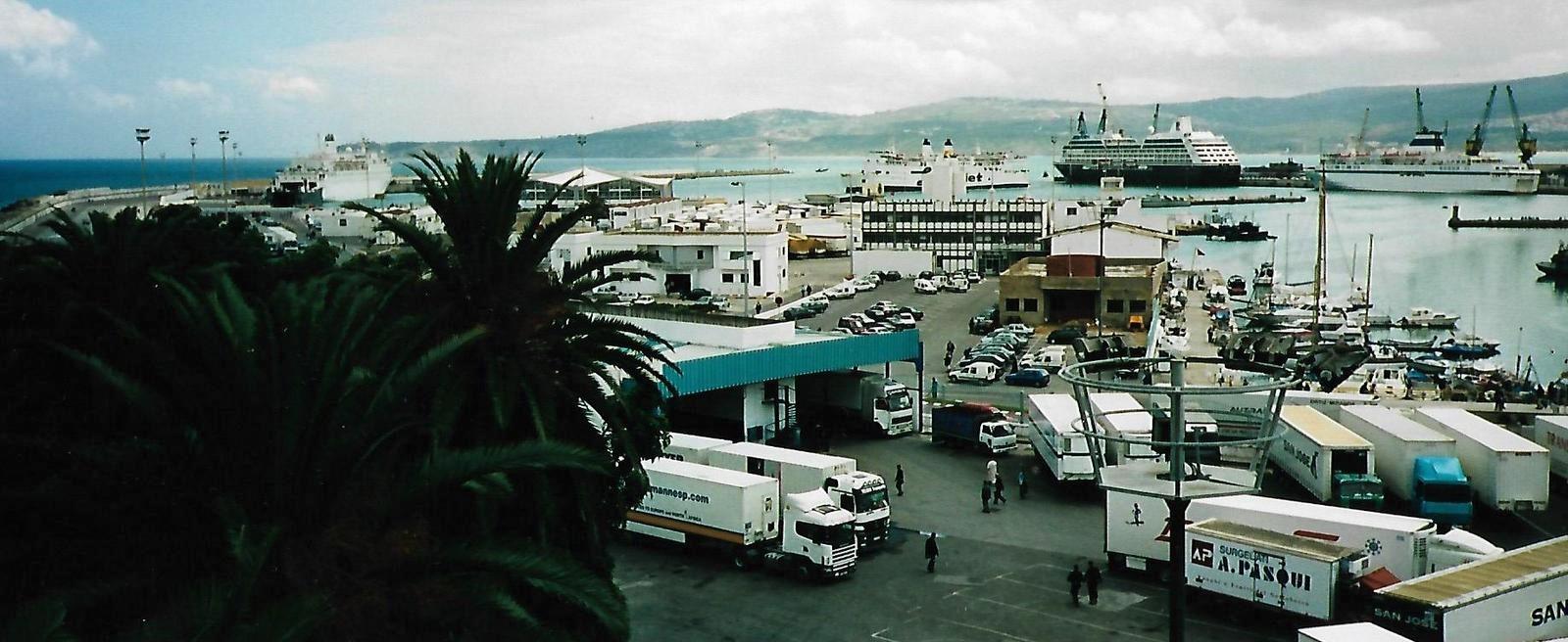 Im Hafen von Tanger mit der MS Paloma