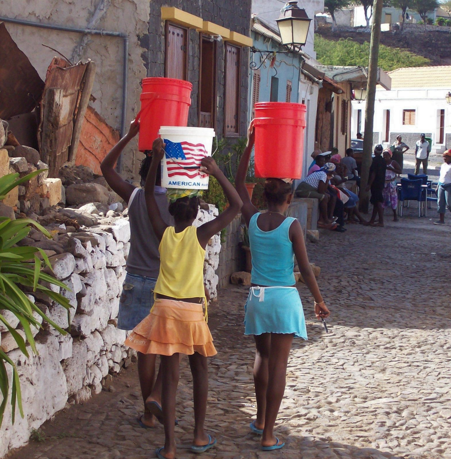 Auf dem Weg ins Waschhaus - Cidade Velha