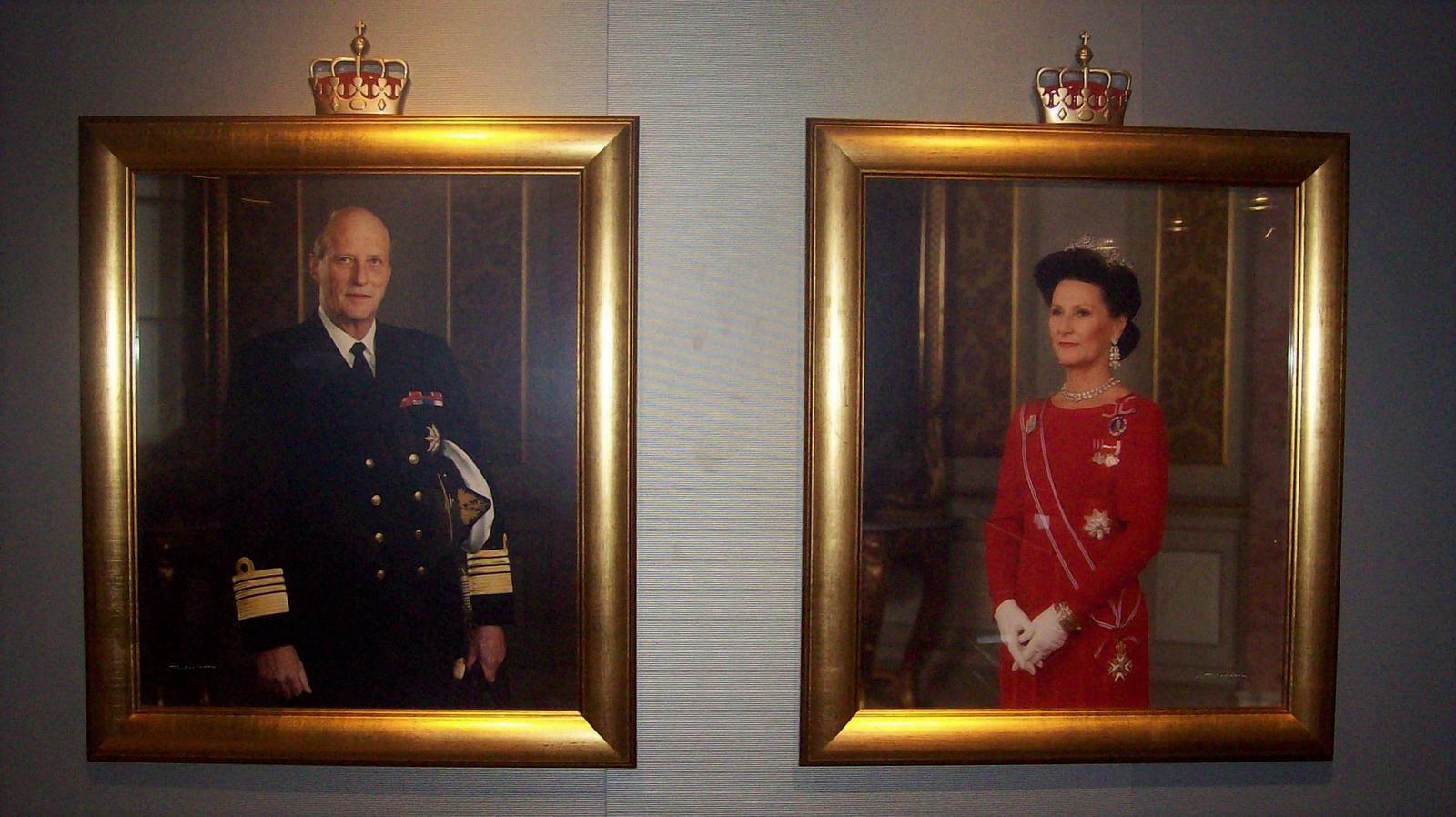 Hurtigruten - MS Trollfjord - König Harald V. und Königin Sonja
