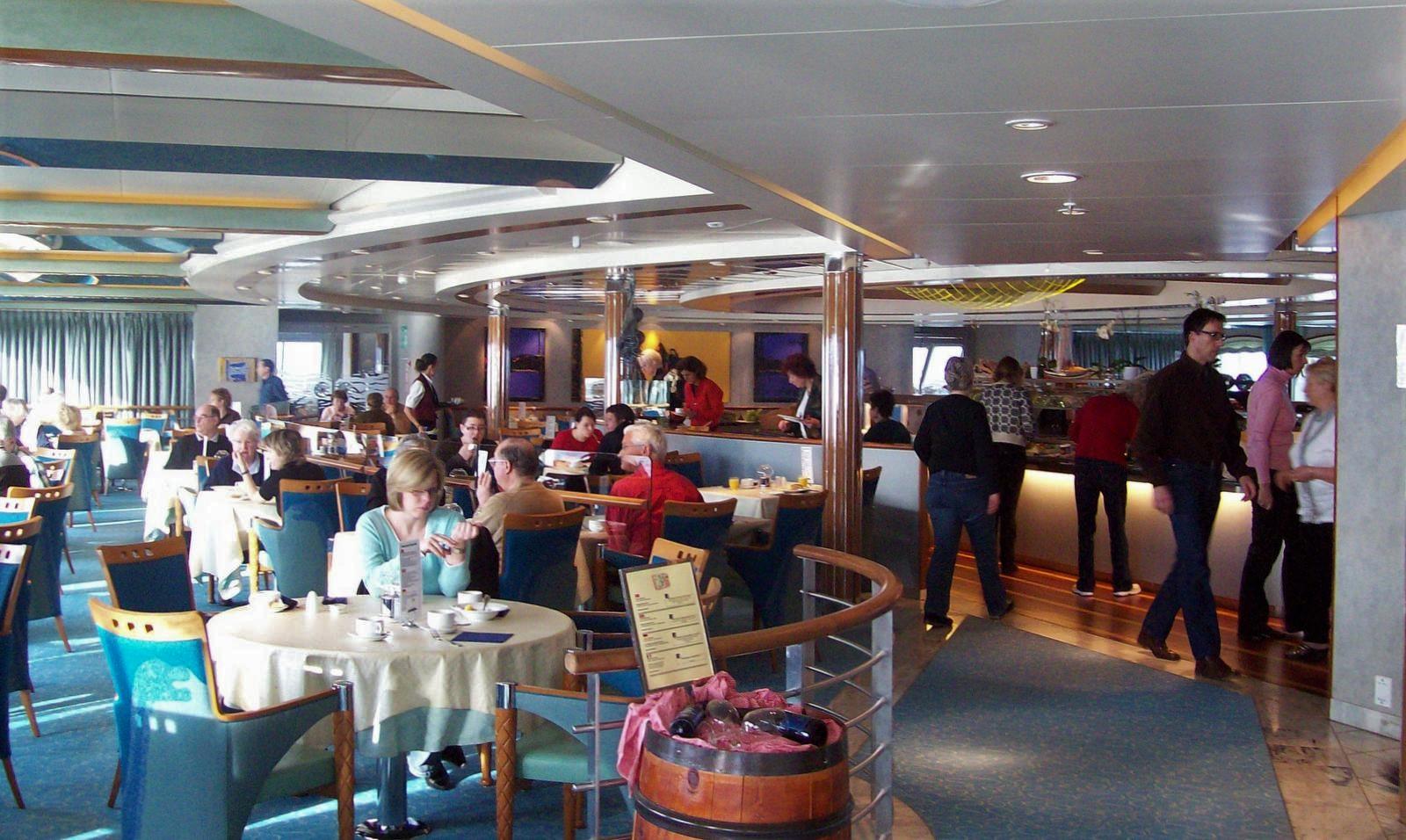 Hurtigruten - MS Trollfjord - Restaurant