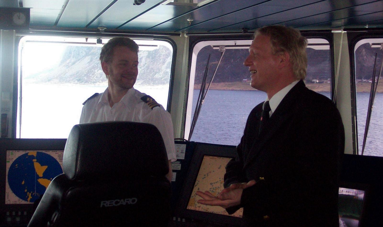 Hurtigruten - MS Trollfjord - auf der Brücke