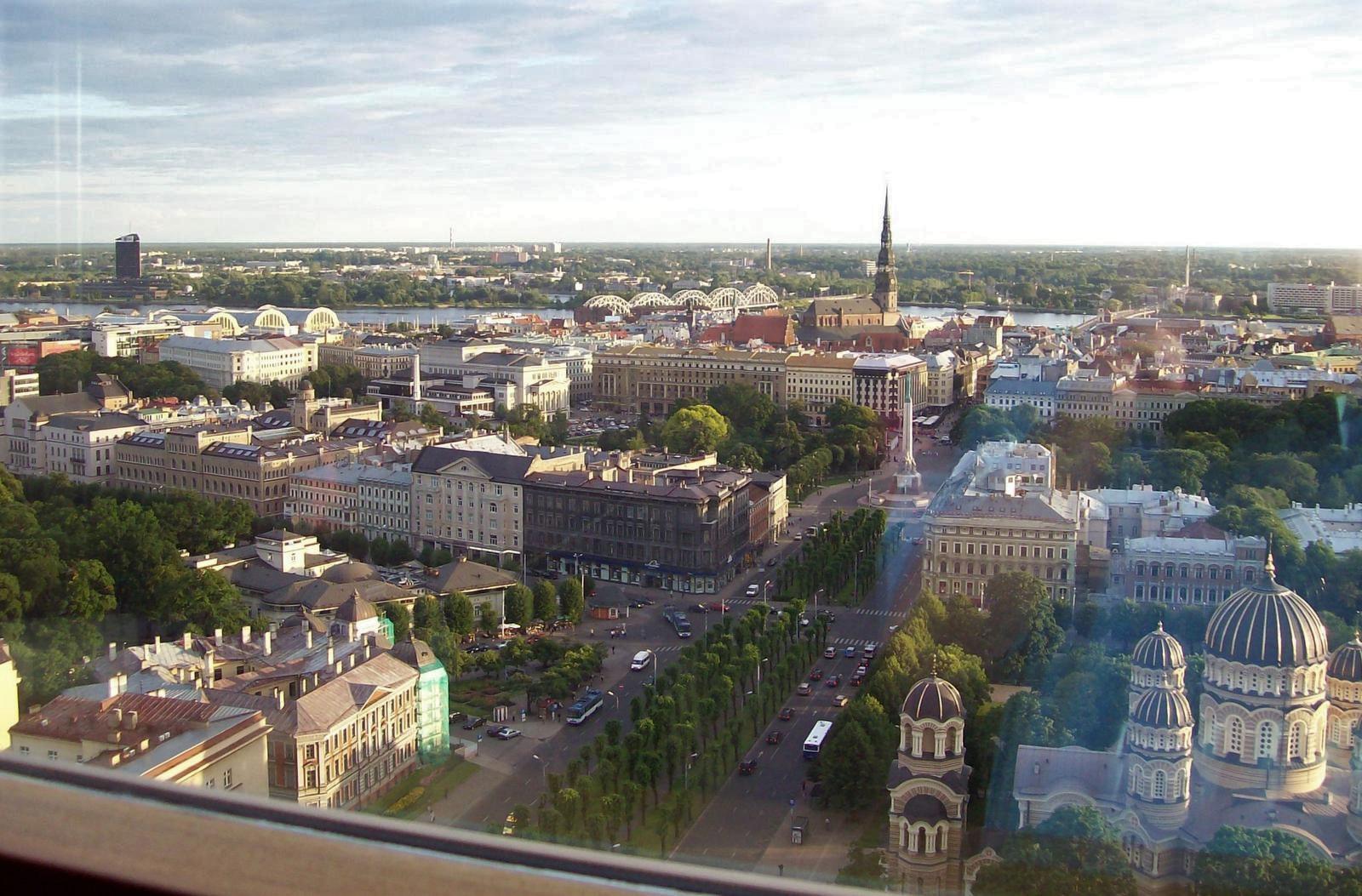 Blick von der Skyline-Bar auf Riga