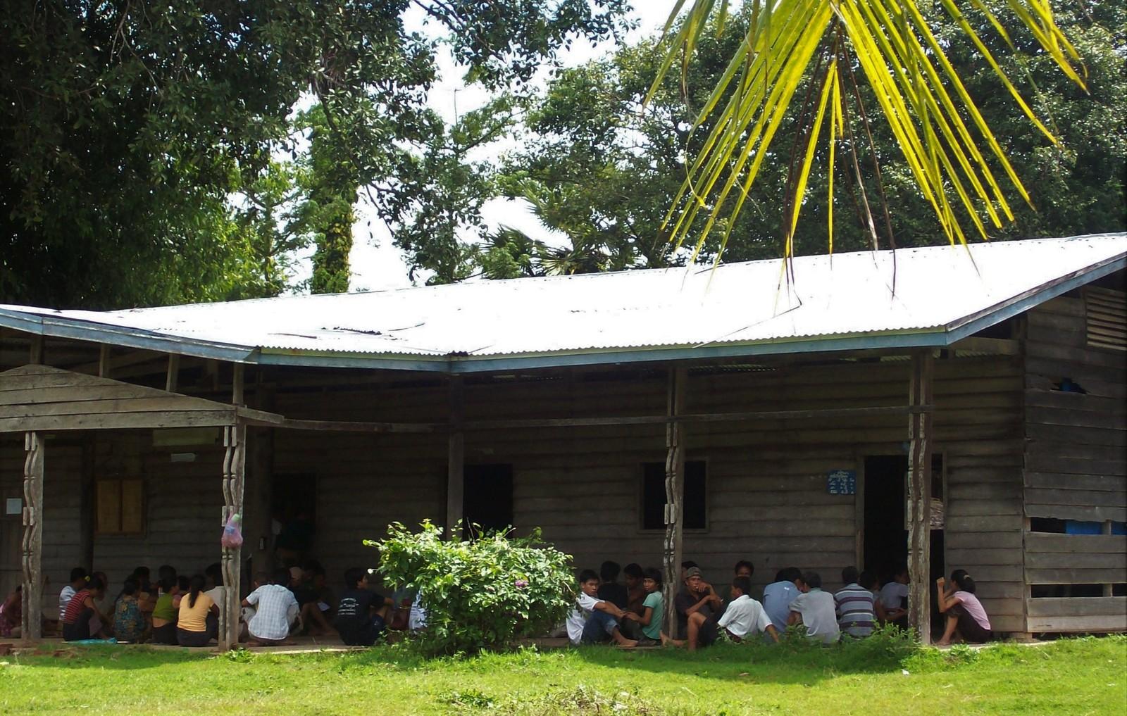 Schule auf der Insel Khon in Laos