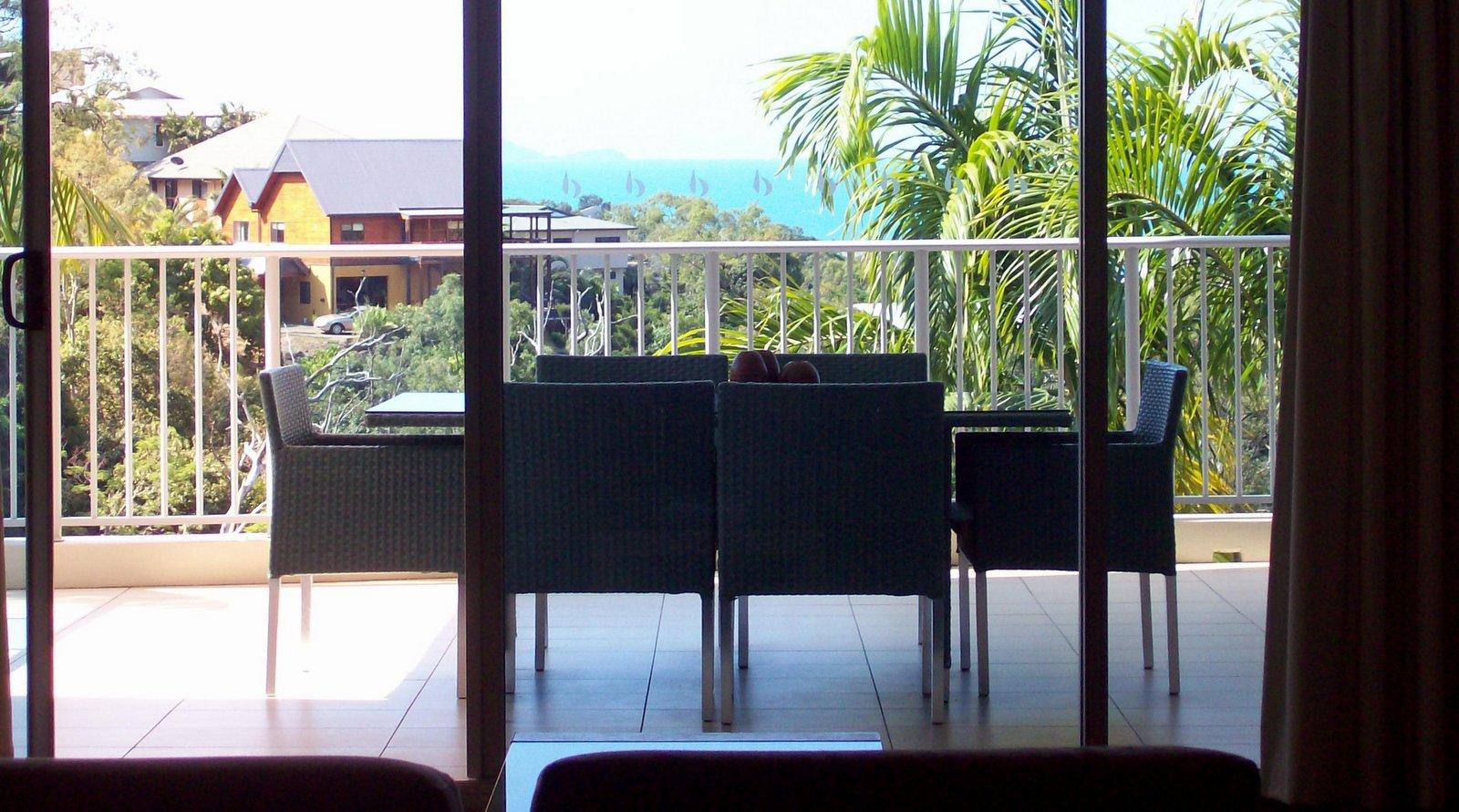 """Hotel """"Grand Mercure Azure Sea"""" Airlie Beach"""