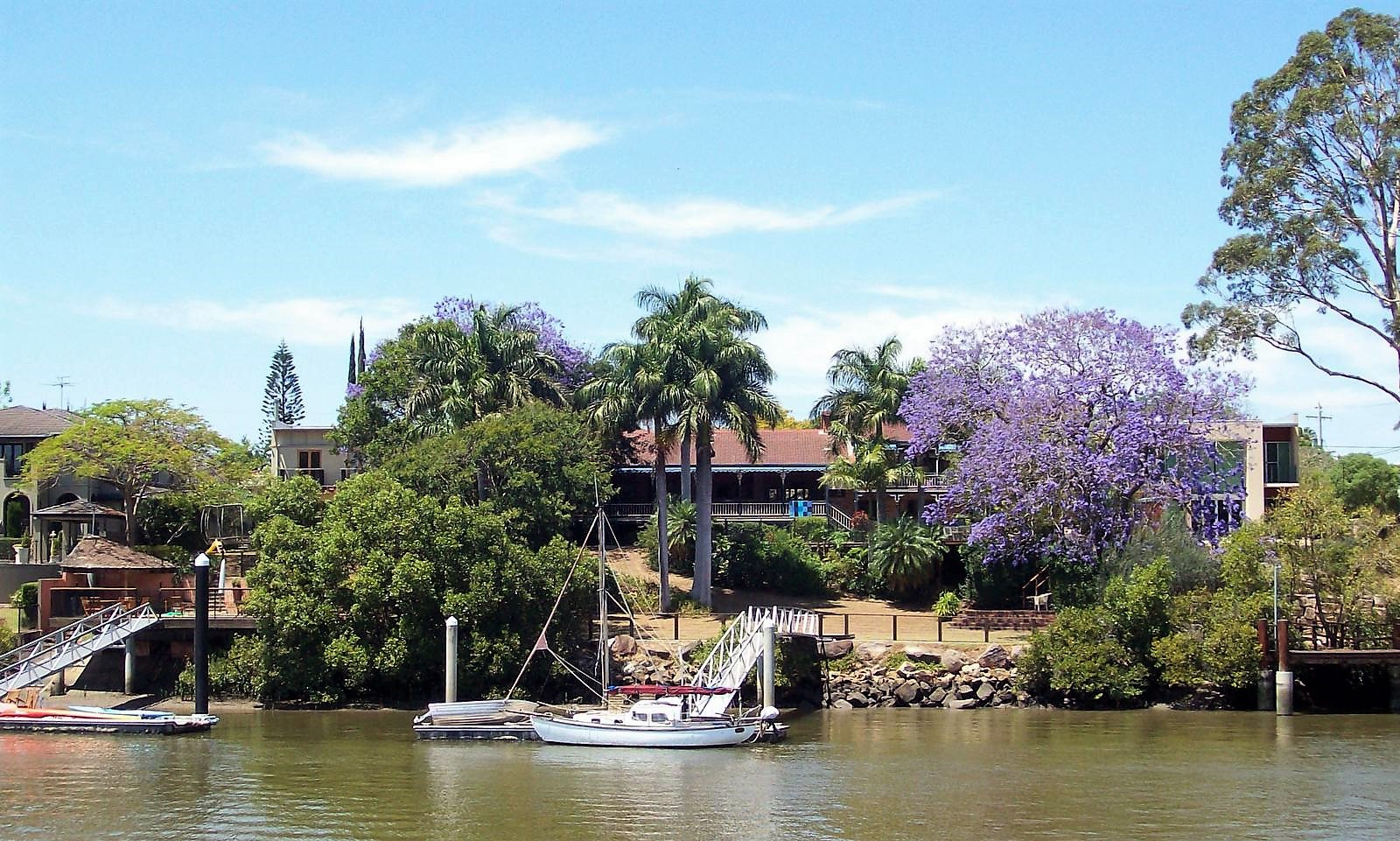 Queensländer House am Brisbane River