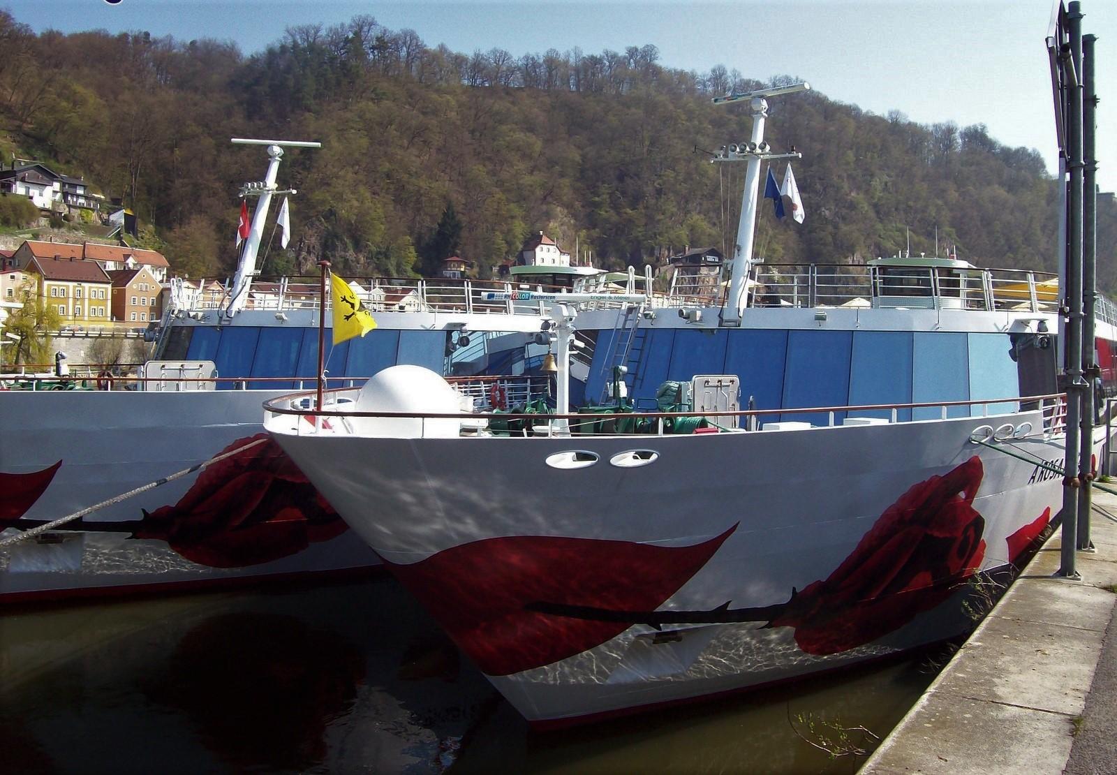 Flusskreuzfahrtschiffe in Passau