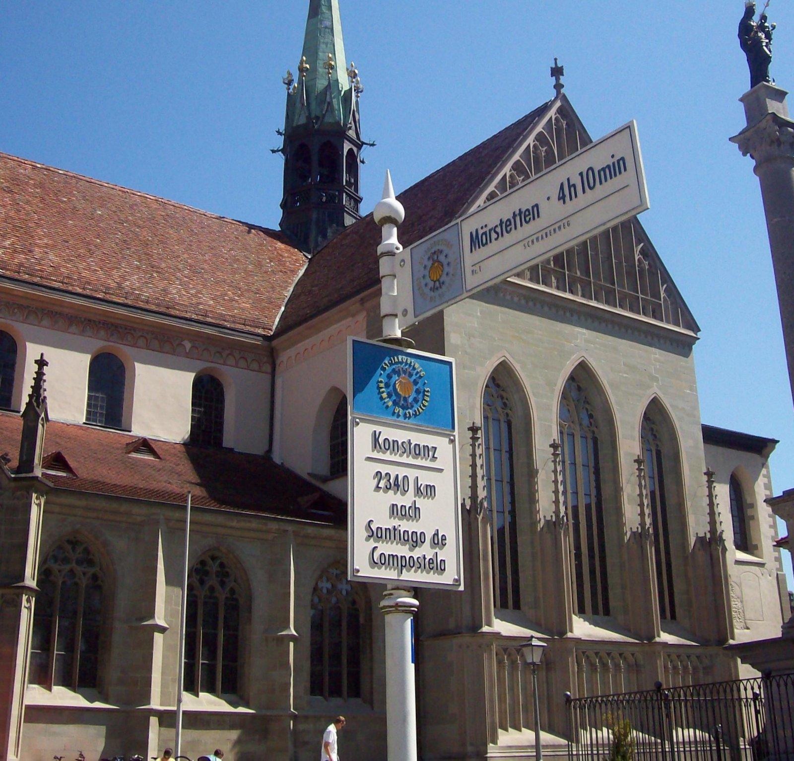 Wegweiser zum Jakobsweg in Konstanz
