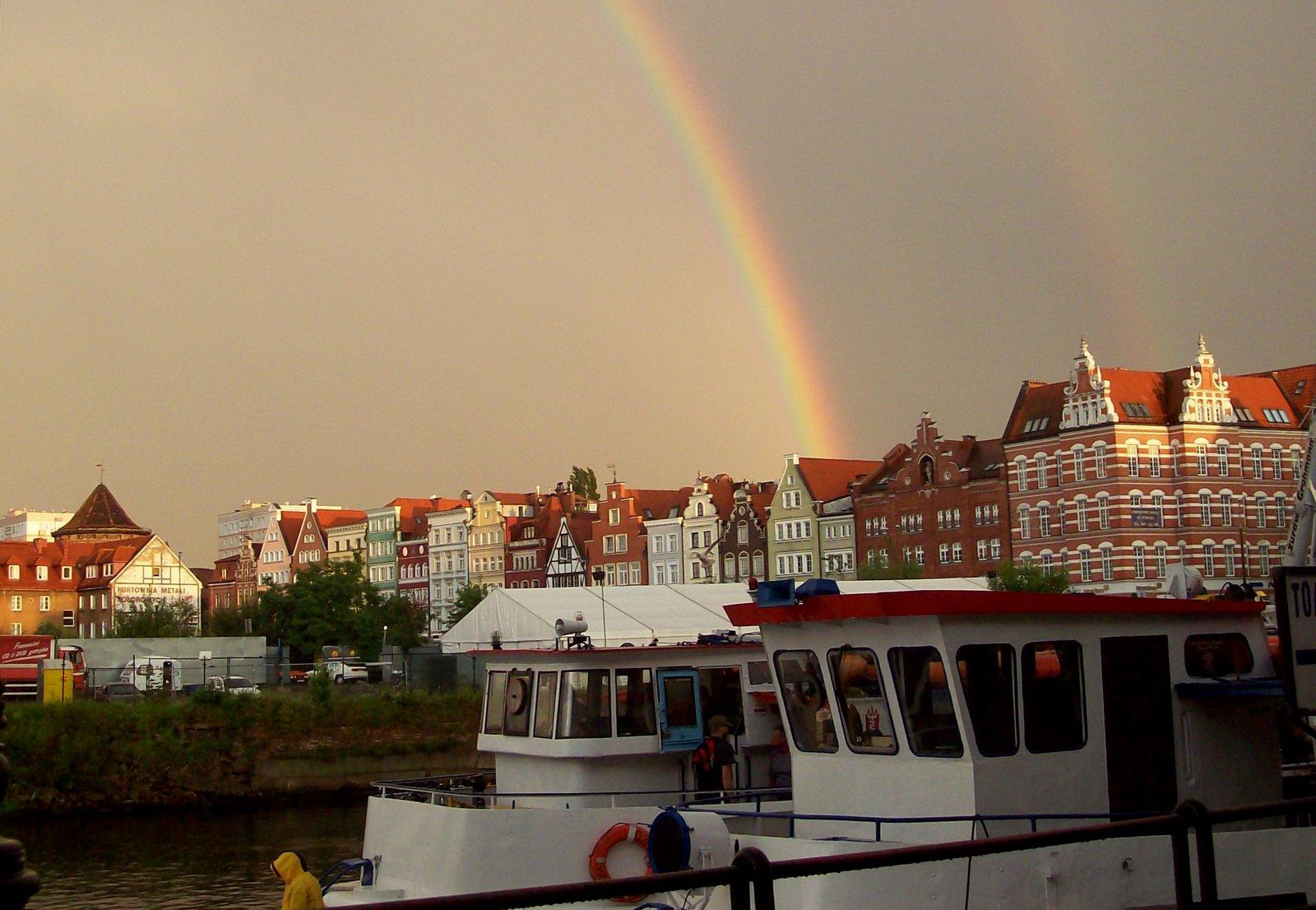Regenbogen über der Mottlau
