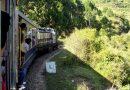 Mit der Schmalspurbahn ins Himalaya-Vorgebirge