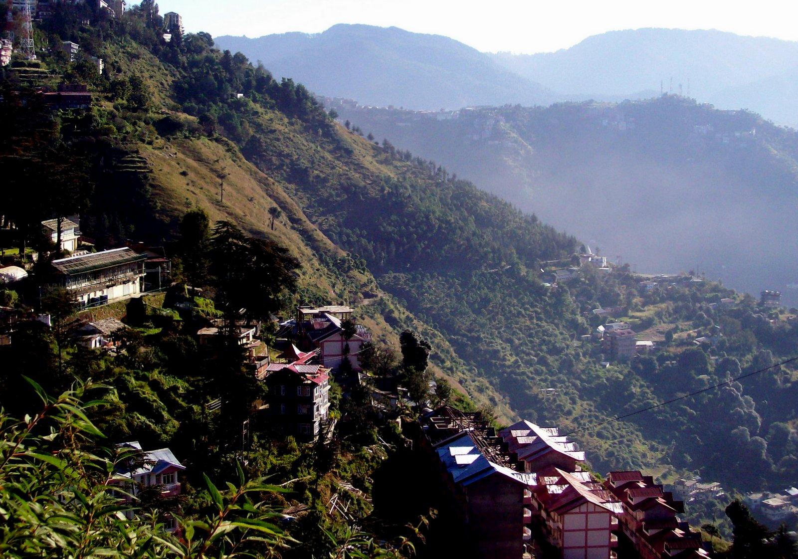 Hotel Springfield in Shimla - Blick auf das Himalaya-Vorgebirge