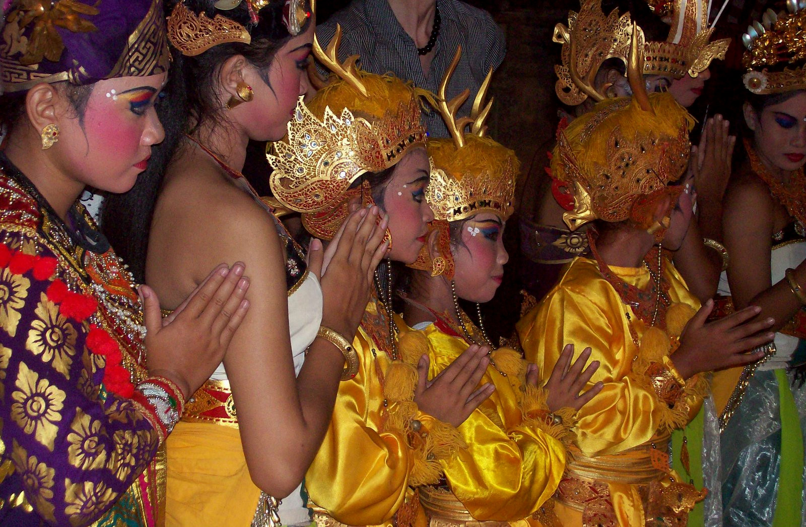 Matahari Beach Resort Bali - Tänzerinnen