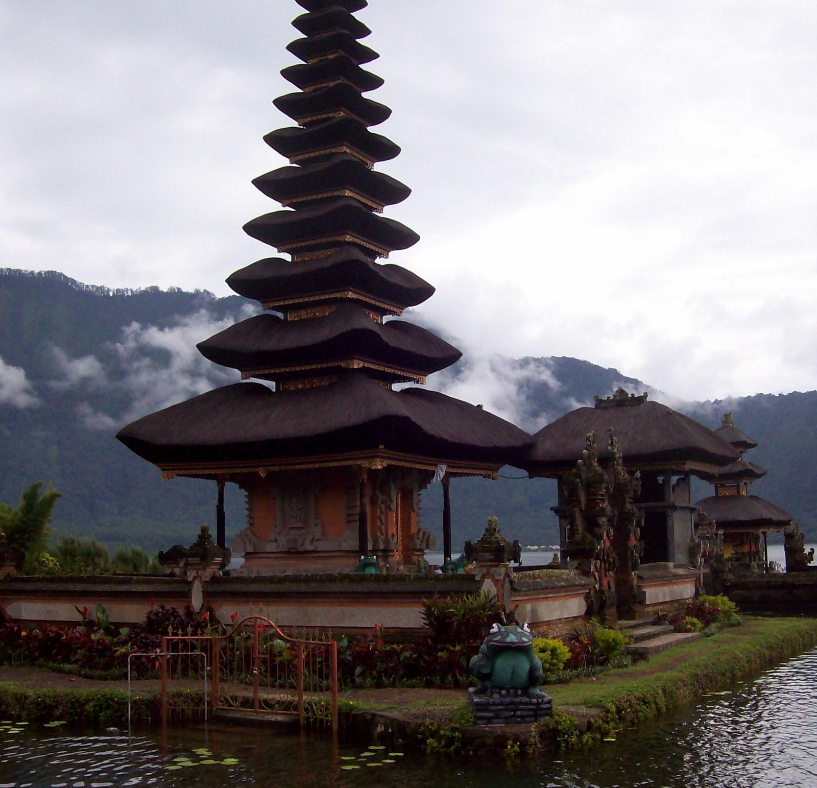 Bratansee Bali