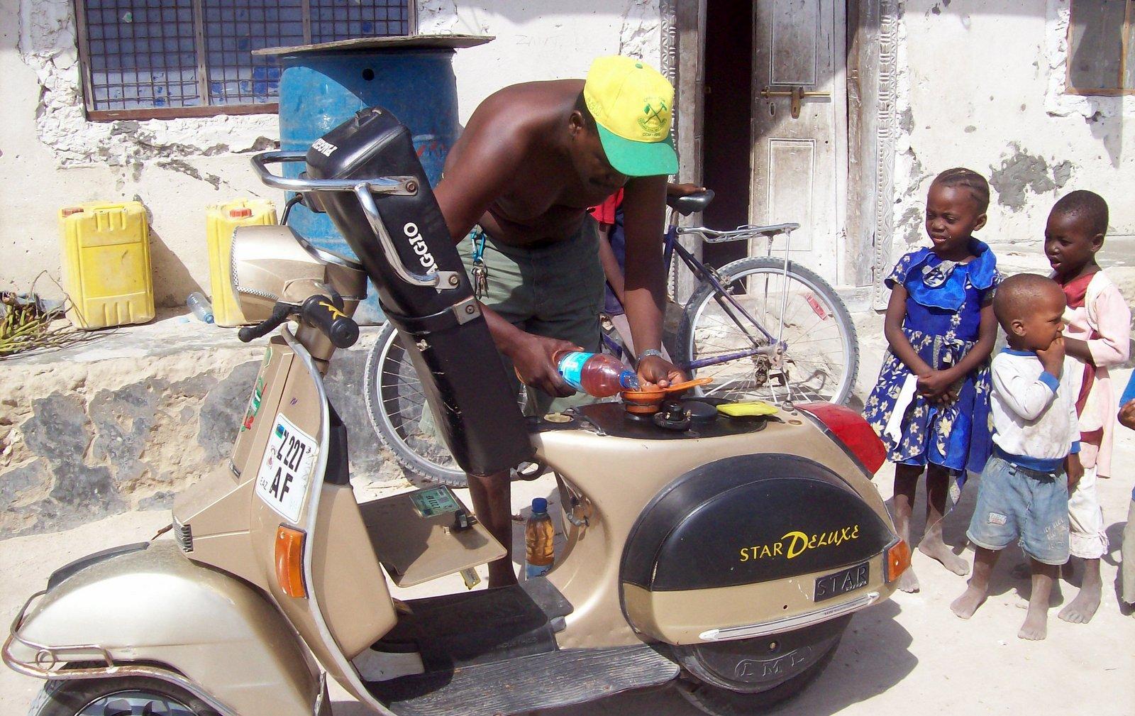 Tankstelle auf Sansibar