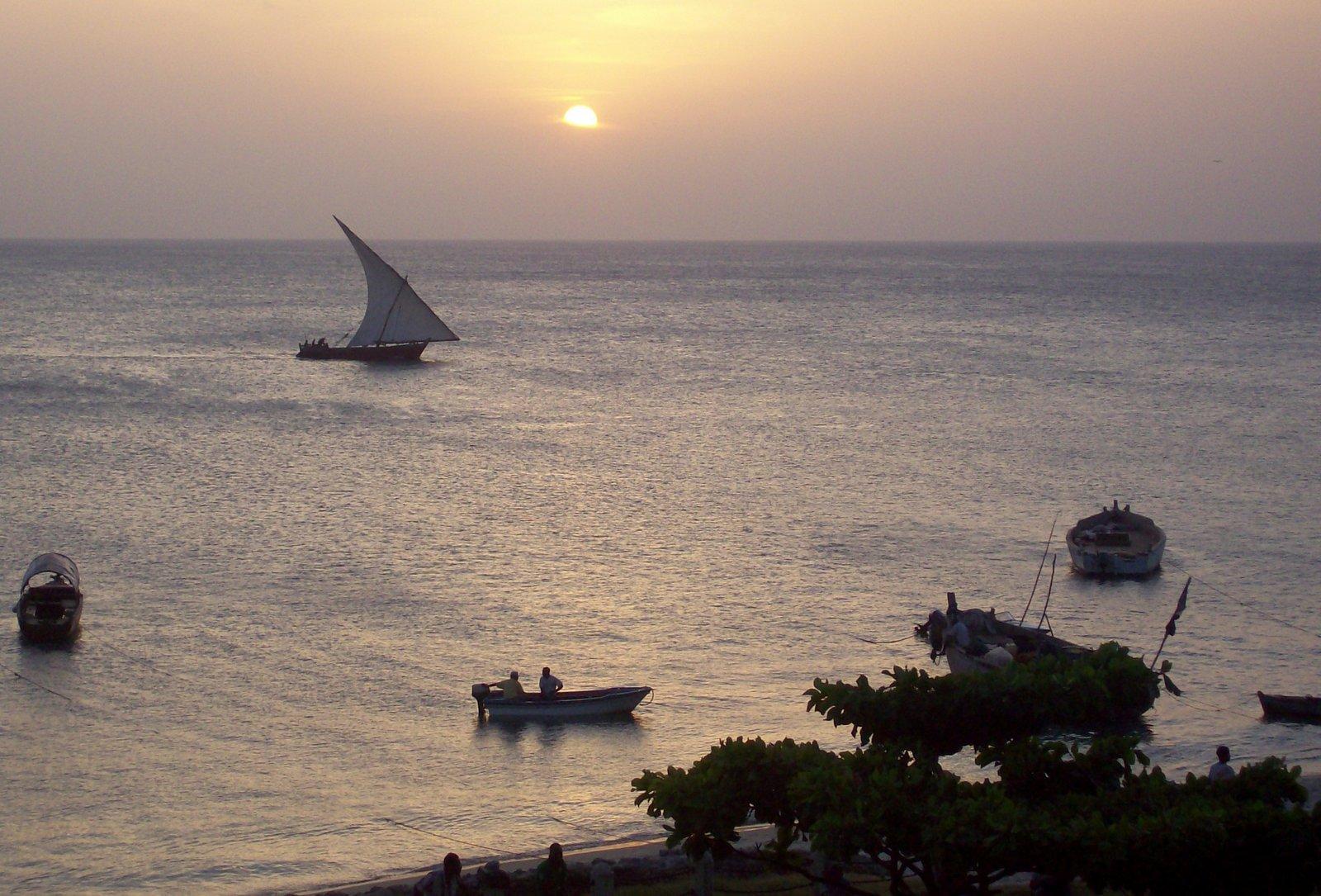 Dau vor der Küste von Sansibar