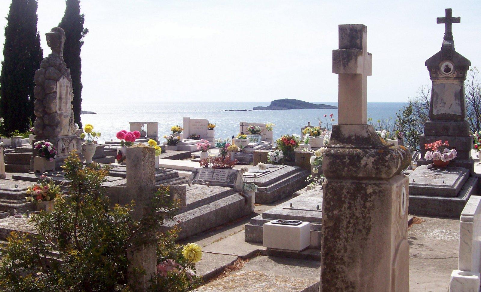 Friedhof von Cavtat über der Adria - Kroatien