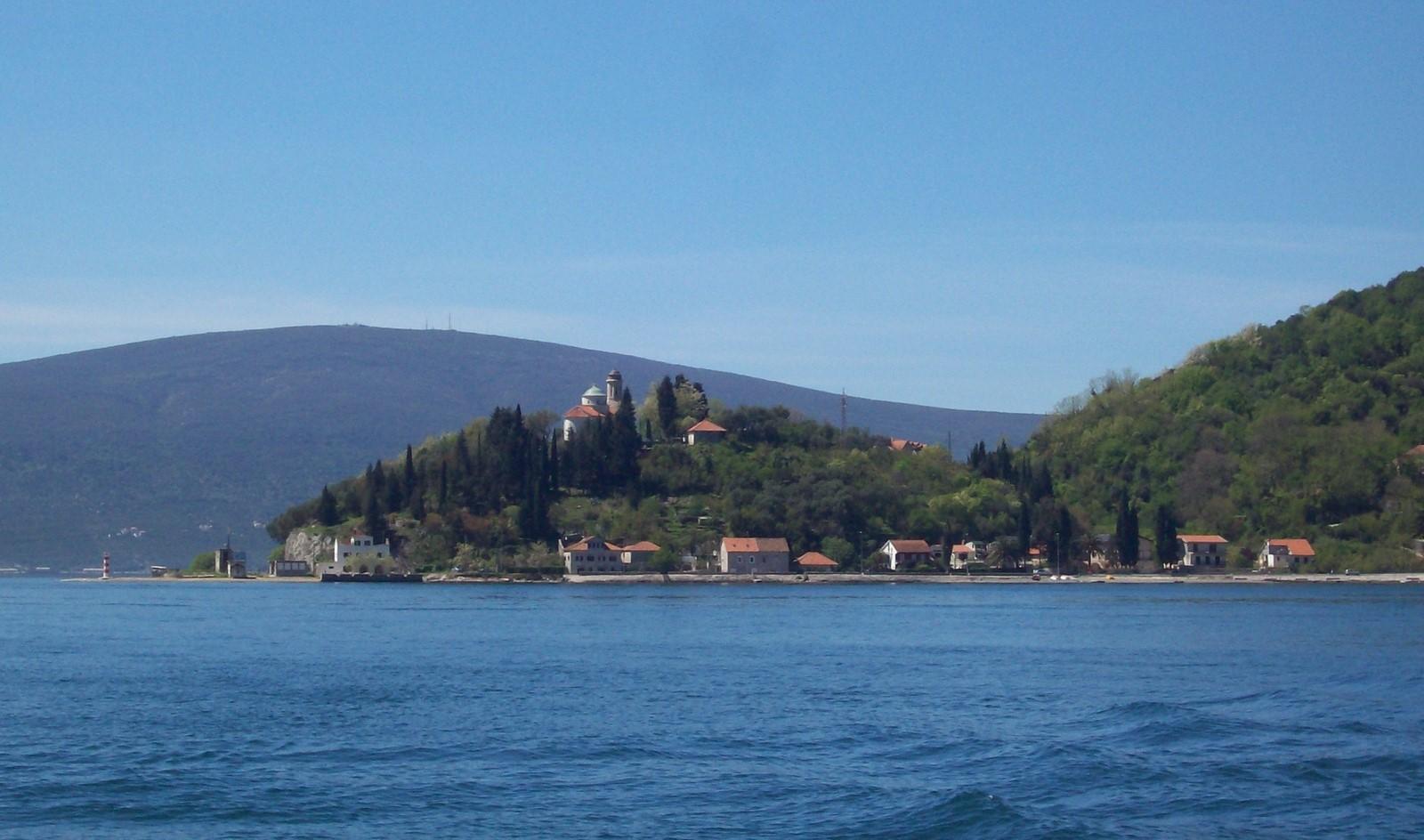 Kamenari - Bucht von Kotor in Montenegro