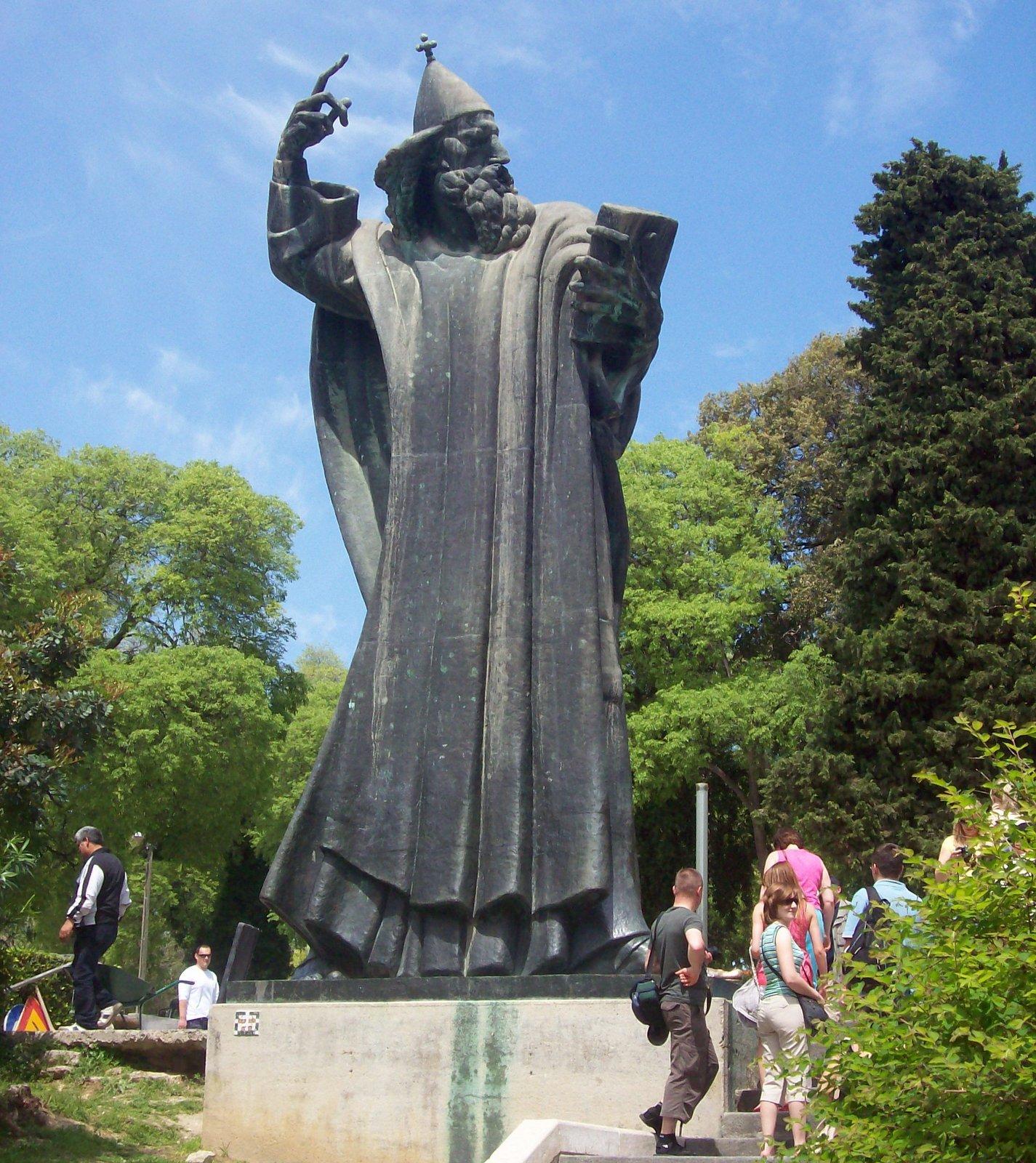 Bischof Gtrgor von Nin in Split
