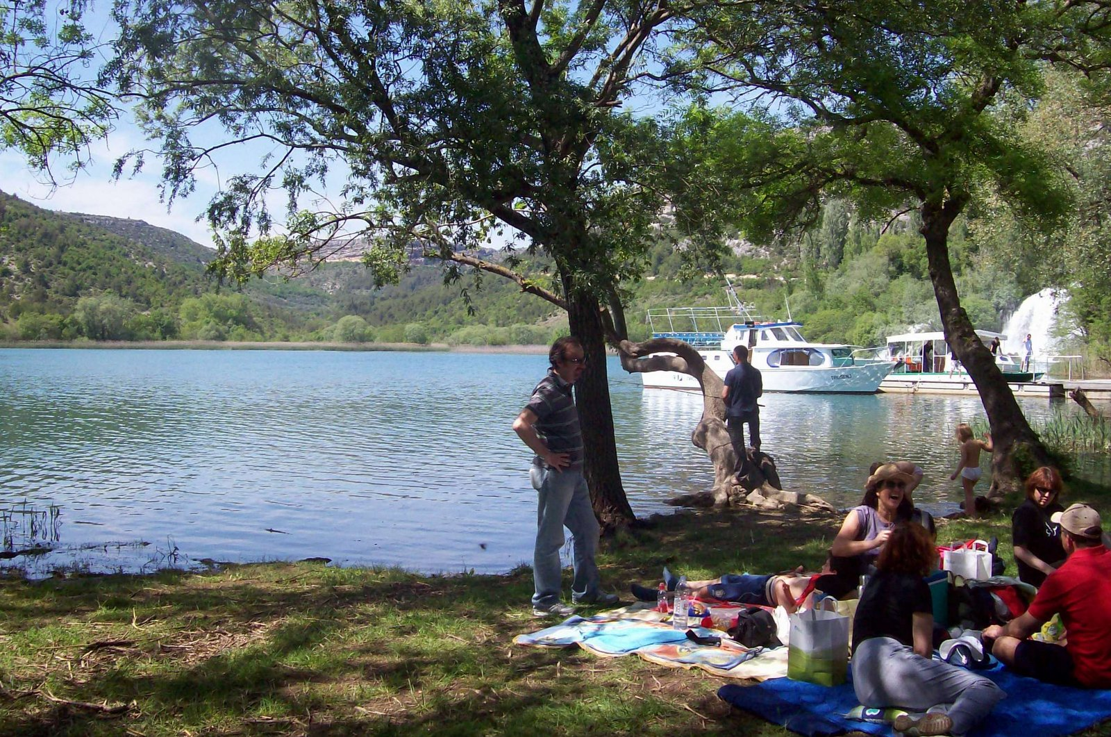 An den Roski Wasserfällen im Krka Nationalpark - Visovacer See