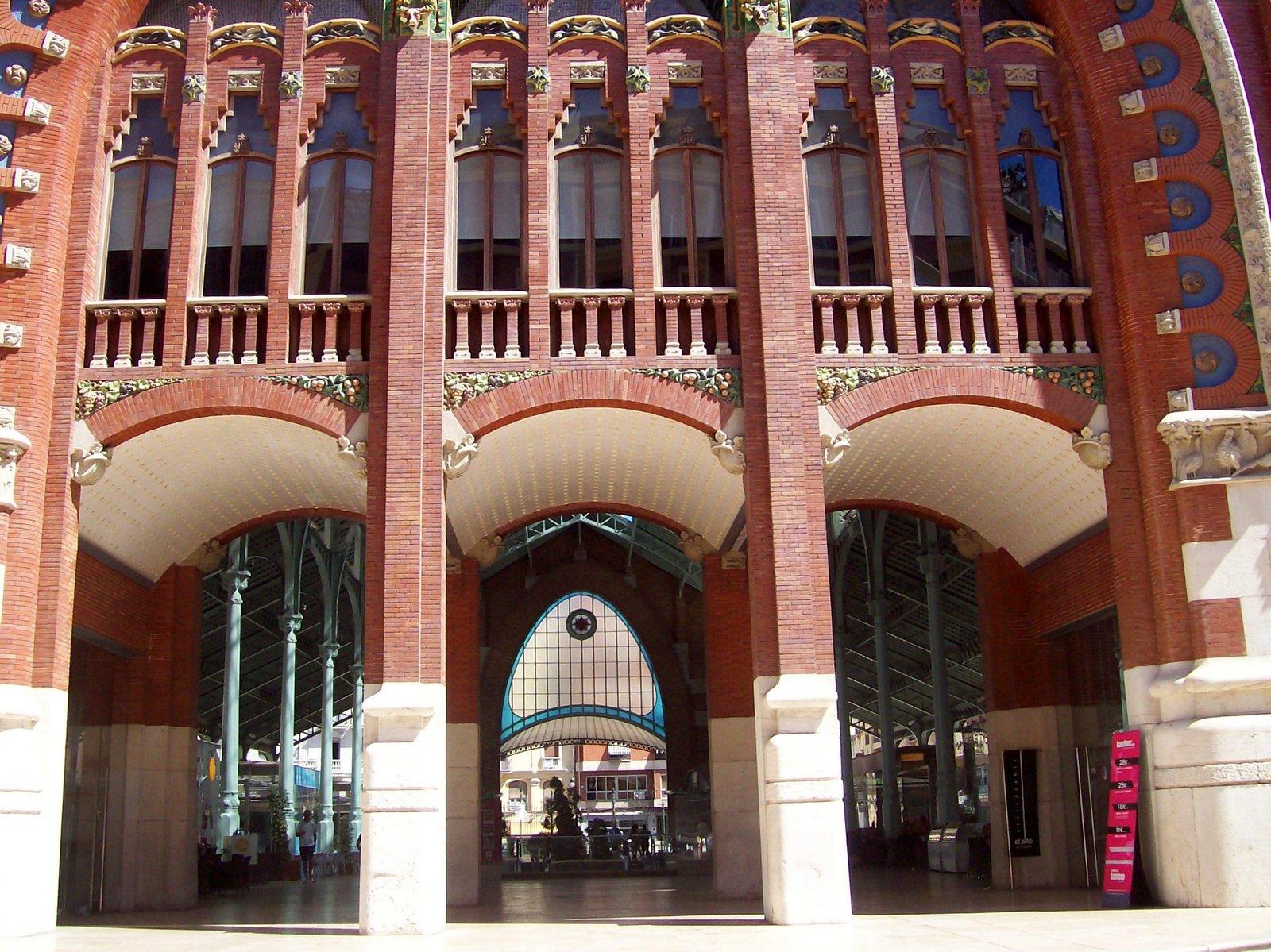 Eixample – Mercado de Colón