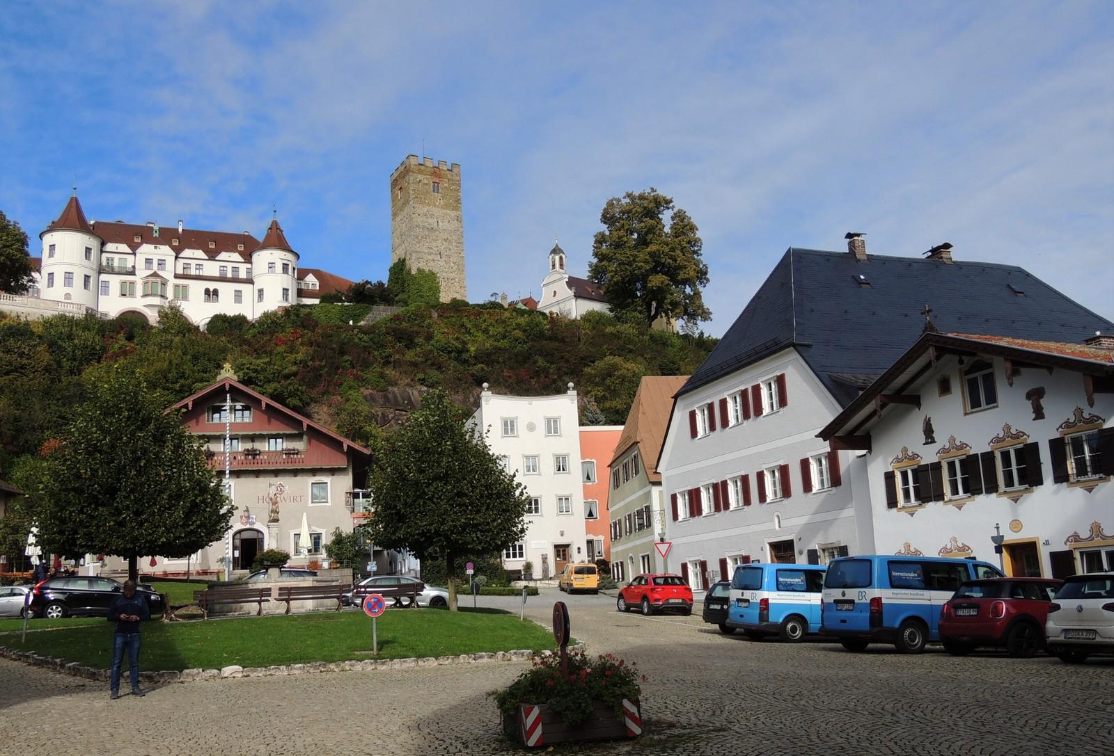 Marktplatz Neubeuern im Inntal