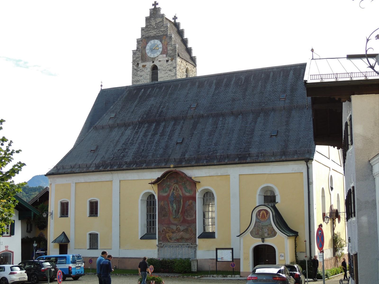 Pfarrkirche Mariä Empfängnis - Neubeuern im Inntal