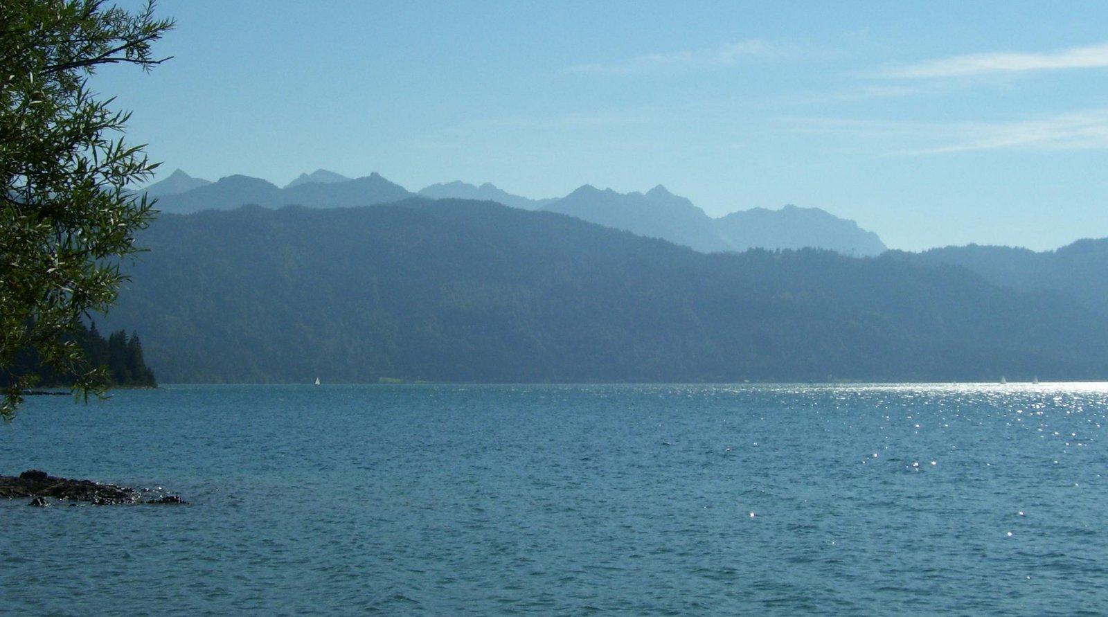 Walchensee mit Karwendel