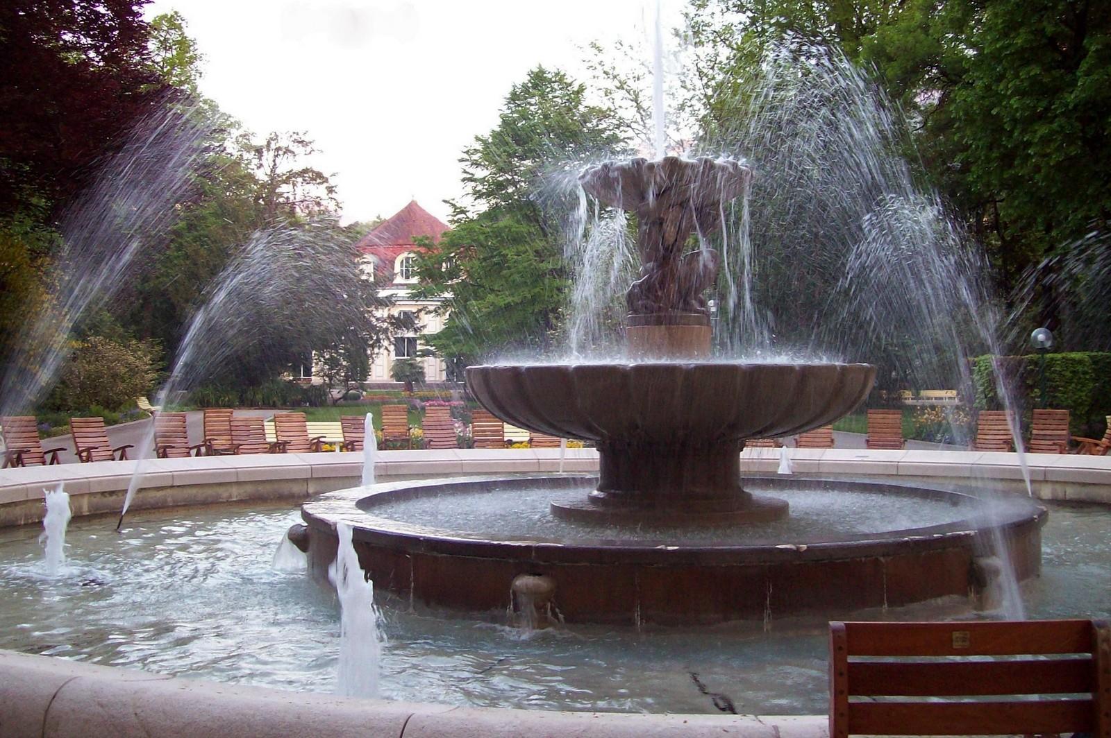AlpenSole-Brunnen im Kurpark von Bad Reichenhall