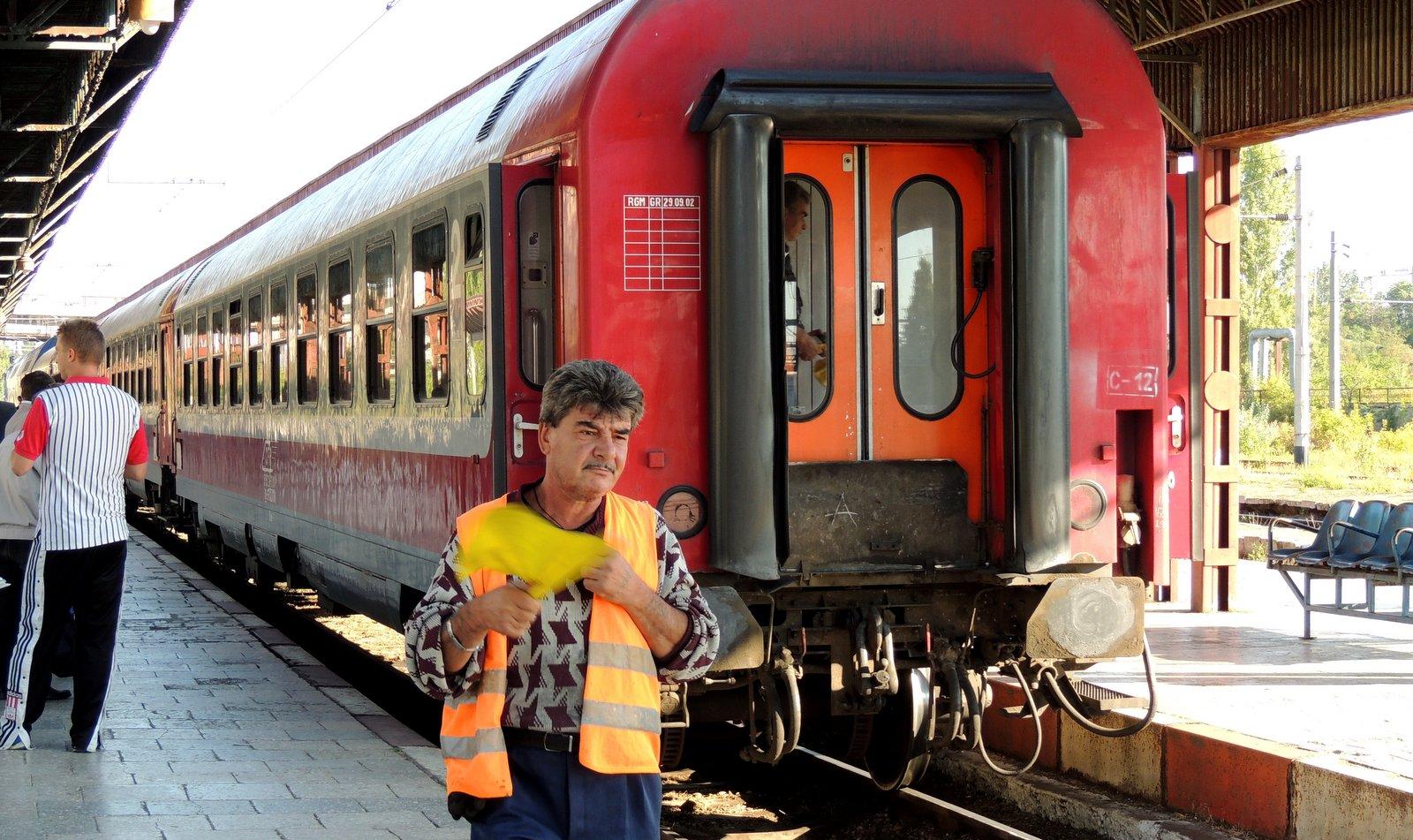 Zug im Bahnhof Galati - Rumänien