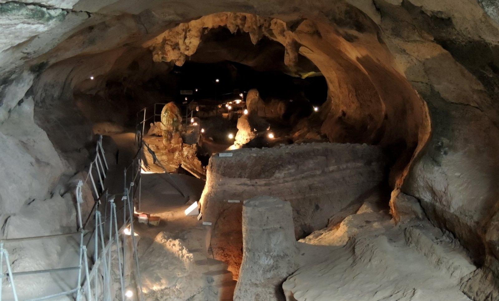 Höhle Ghar Dalam - Malta
