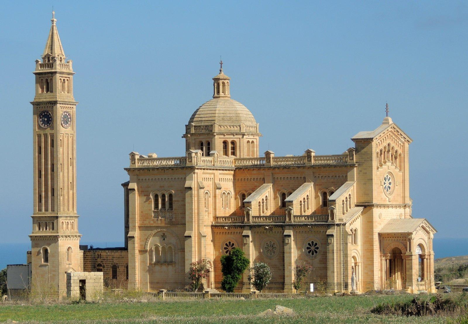 Ta' Pinu auf Gozo