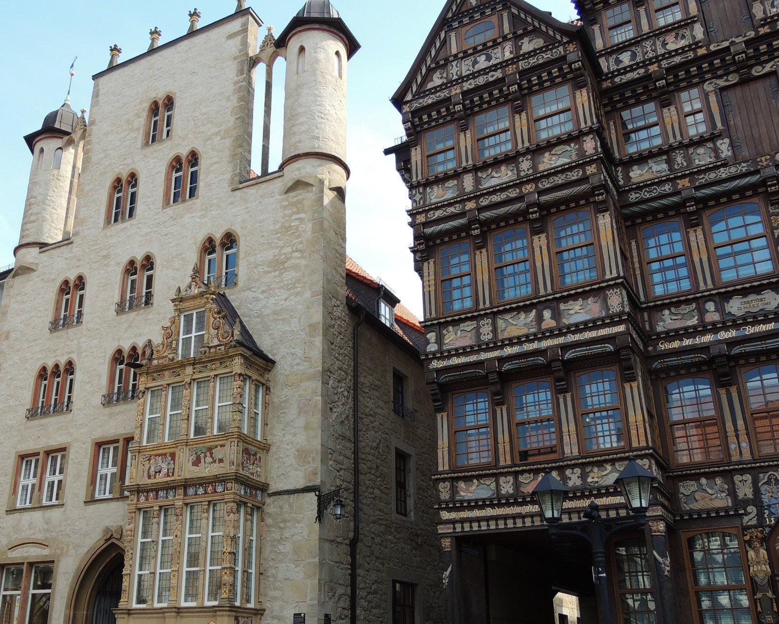 Tempelhaus und Wedekindhaus