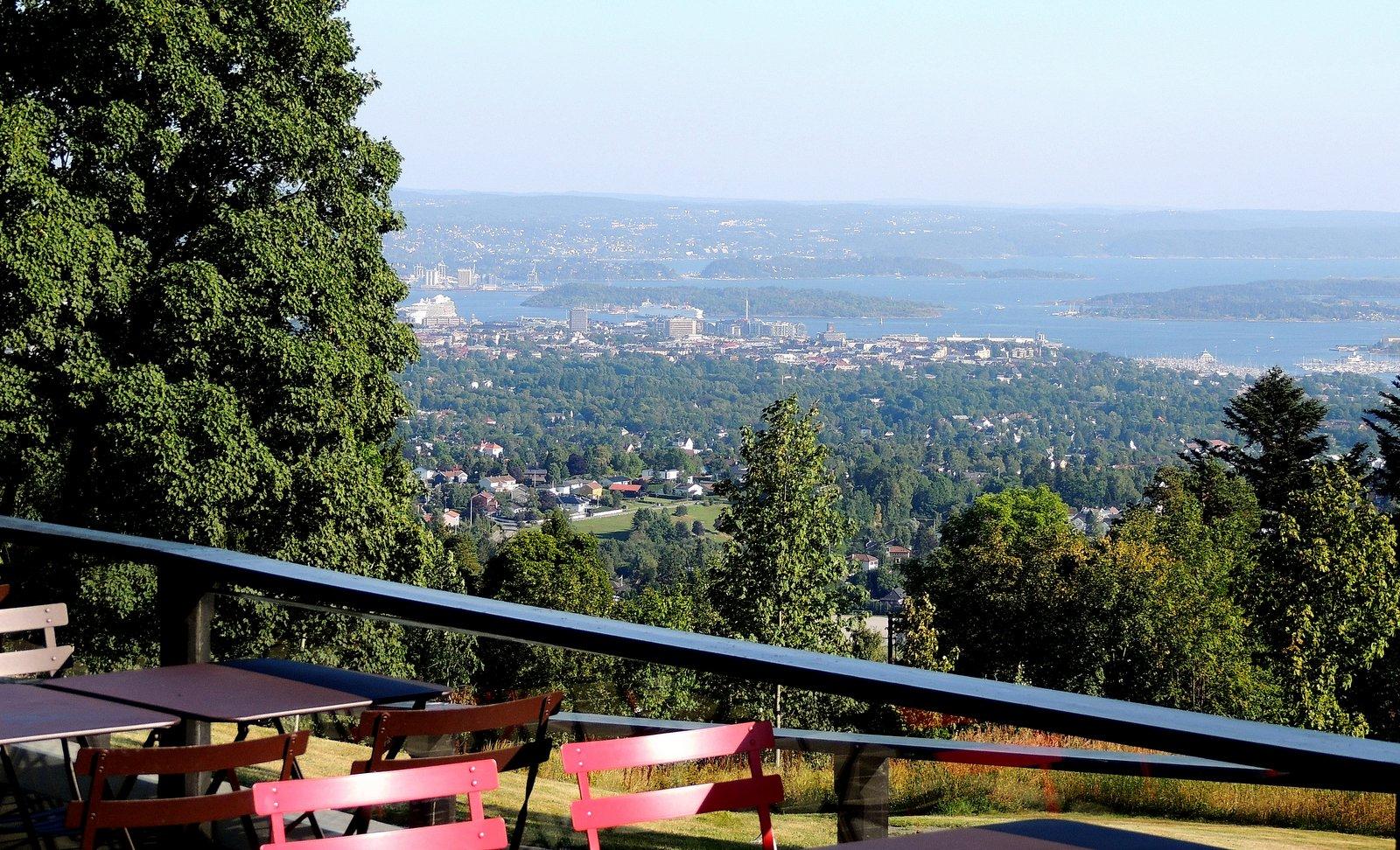 Blick vom Holmenkollen auf Oslo
