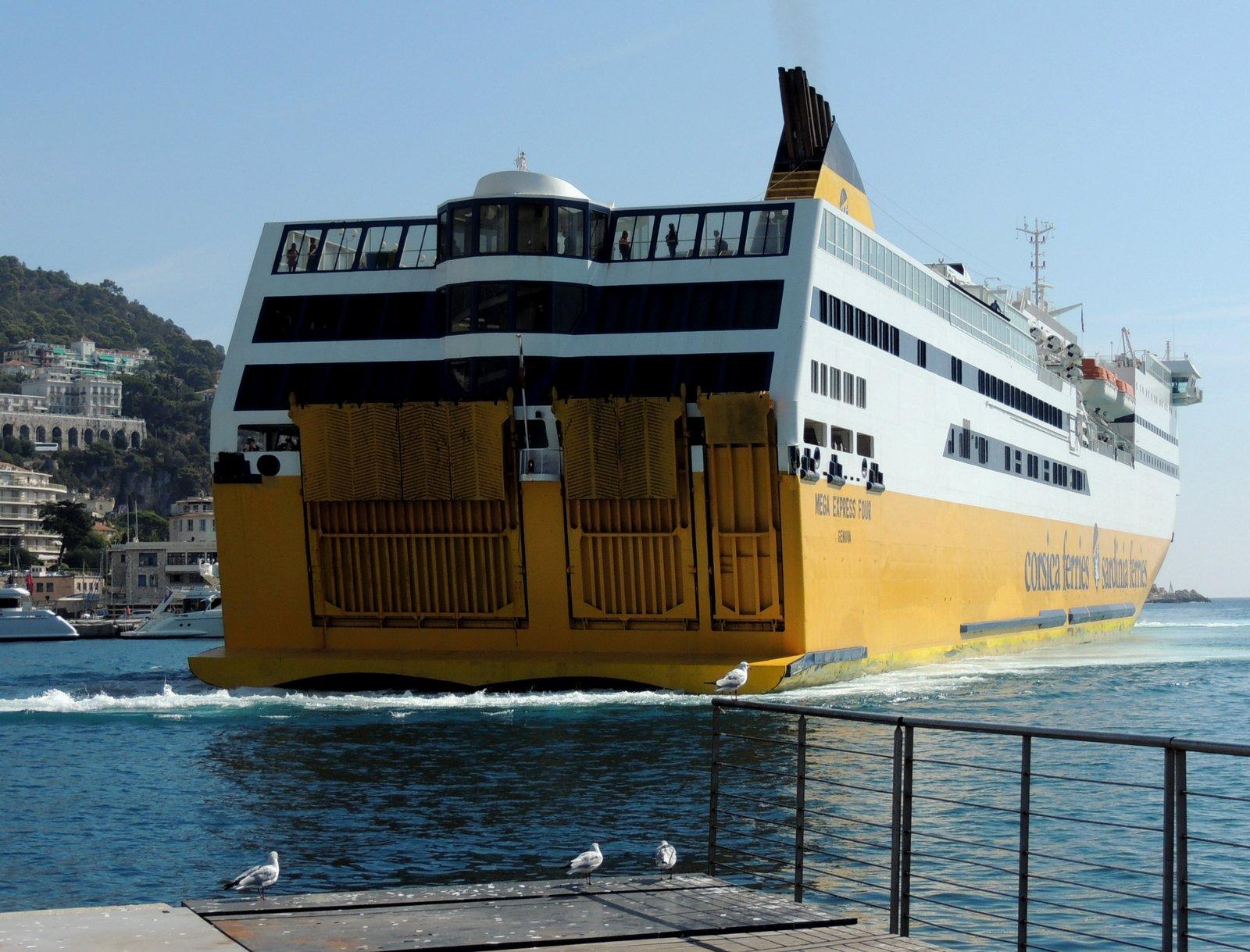 Mega Express 4 - Corsica Ferries