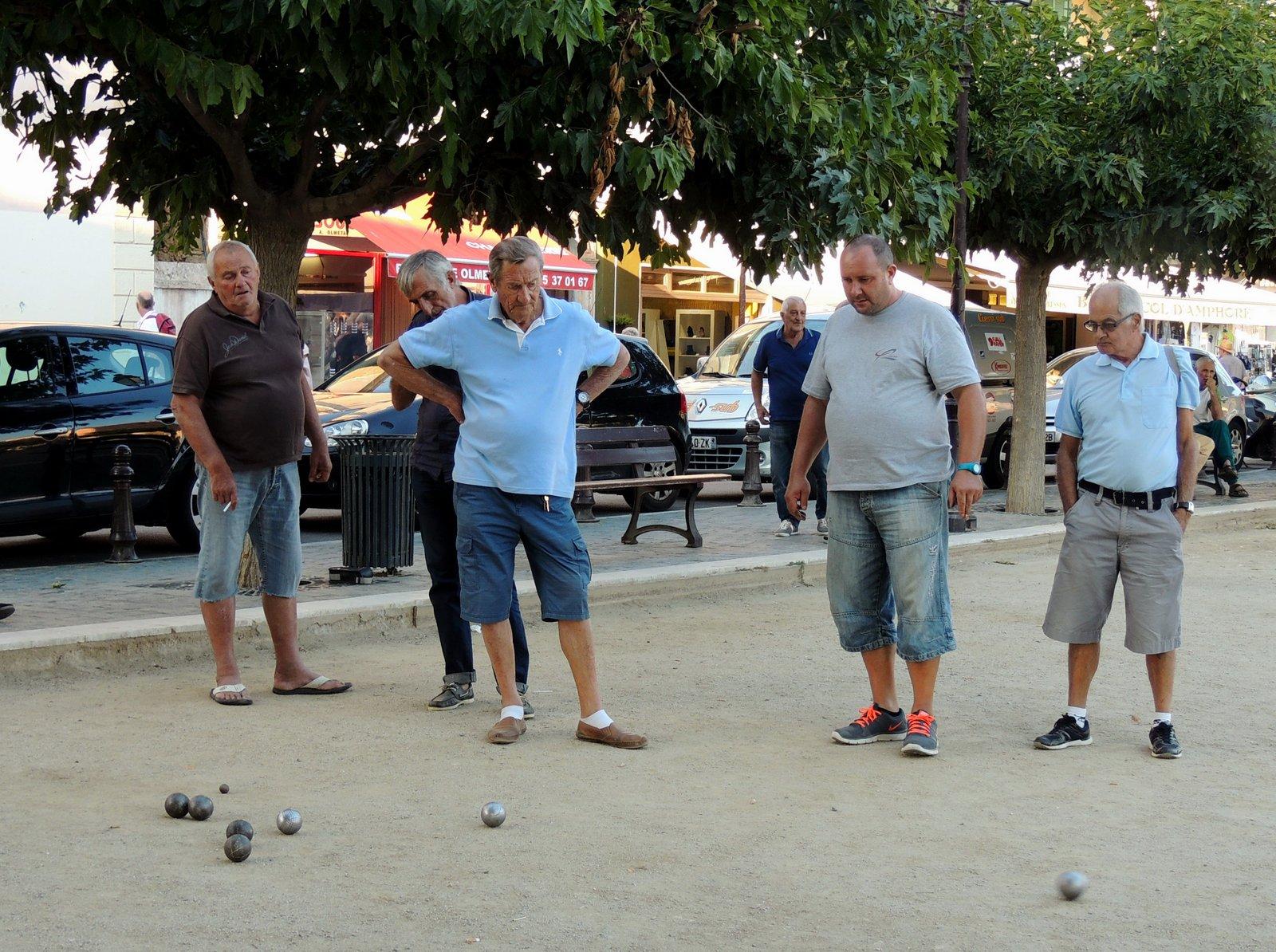 Boule auf Korsika