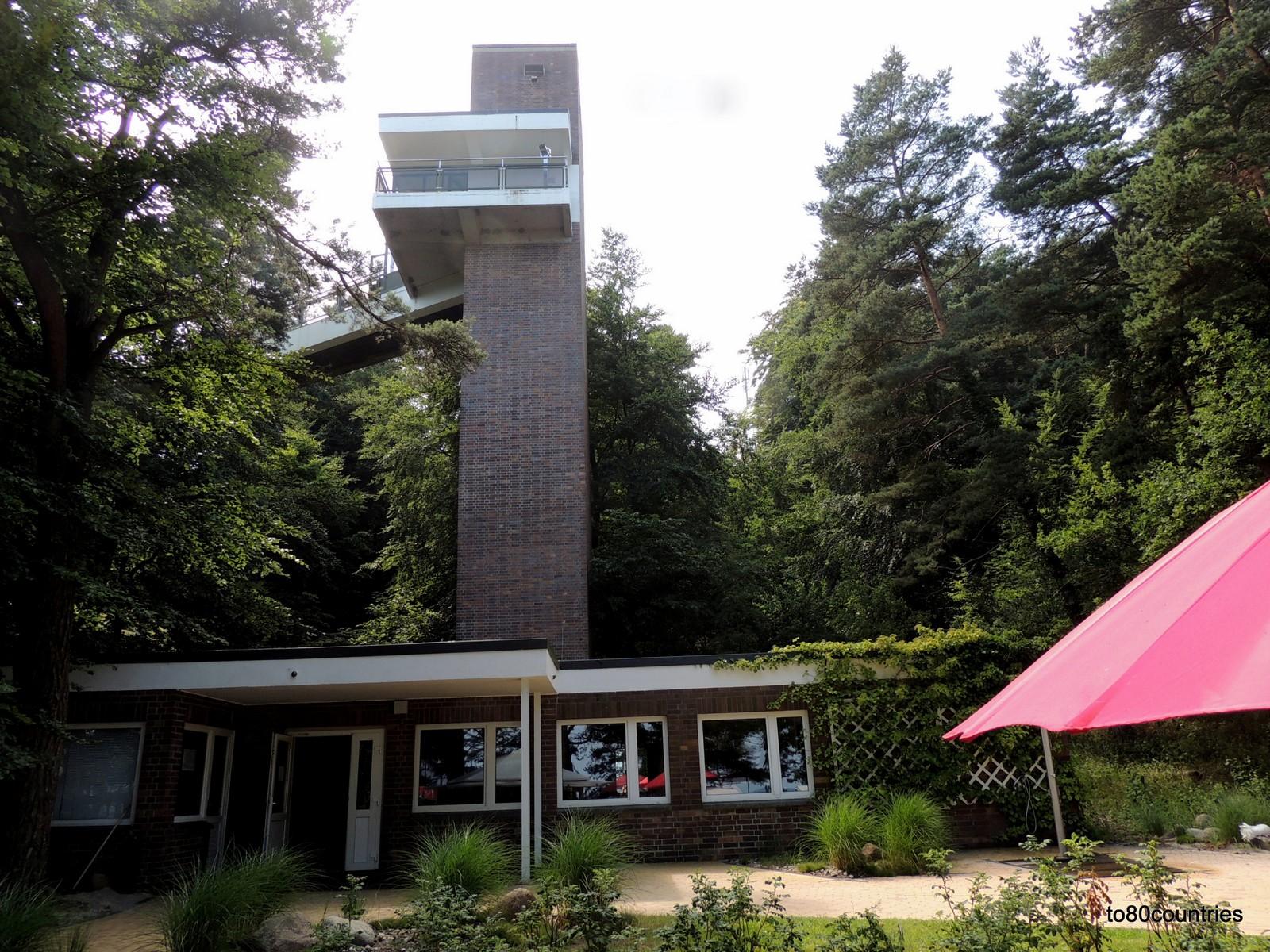 Usedom und Rügen - Cliff Hotel Sellin - Liftturm zum Strand