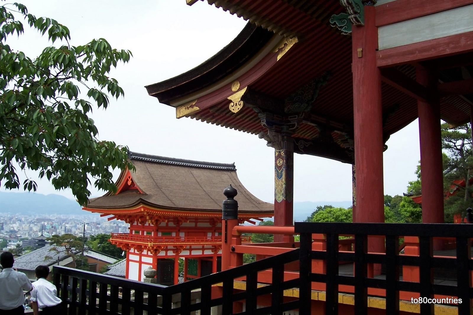 Terrassentempel Kyomizu-dera in Kyoto