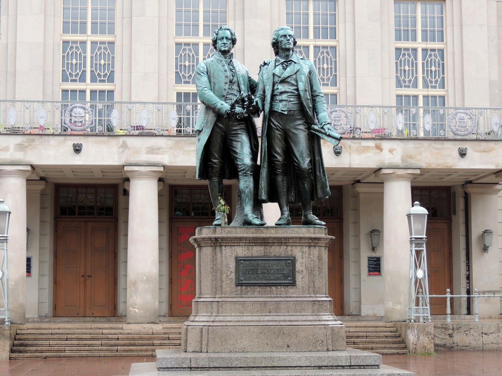 Goethe und Schiller in Weimar / Thüringen