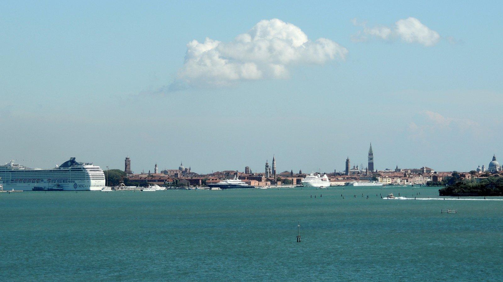 Venedig in der Ferne
