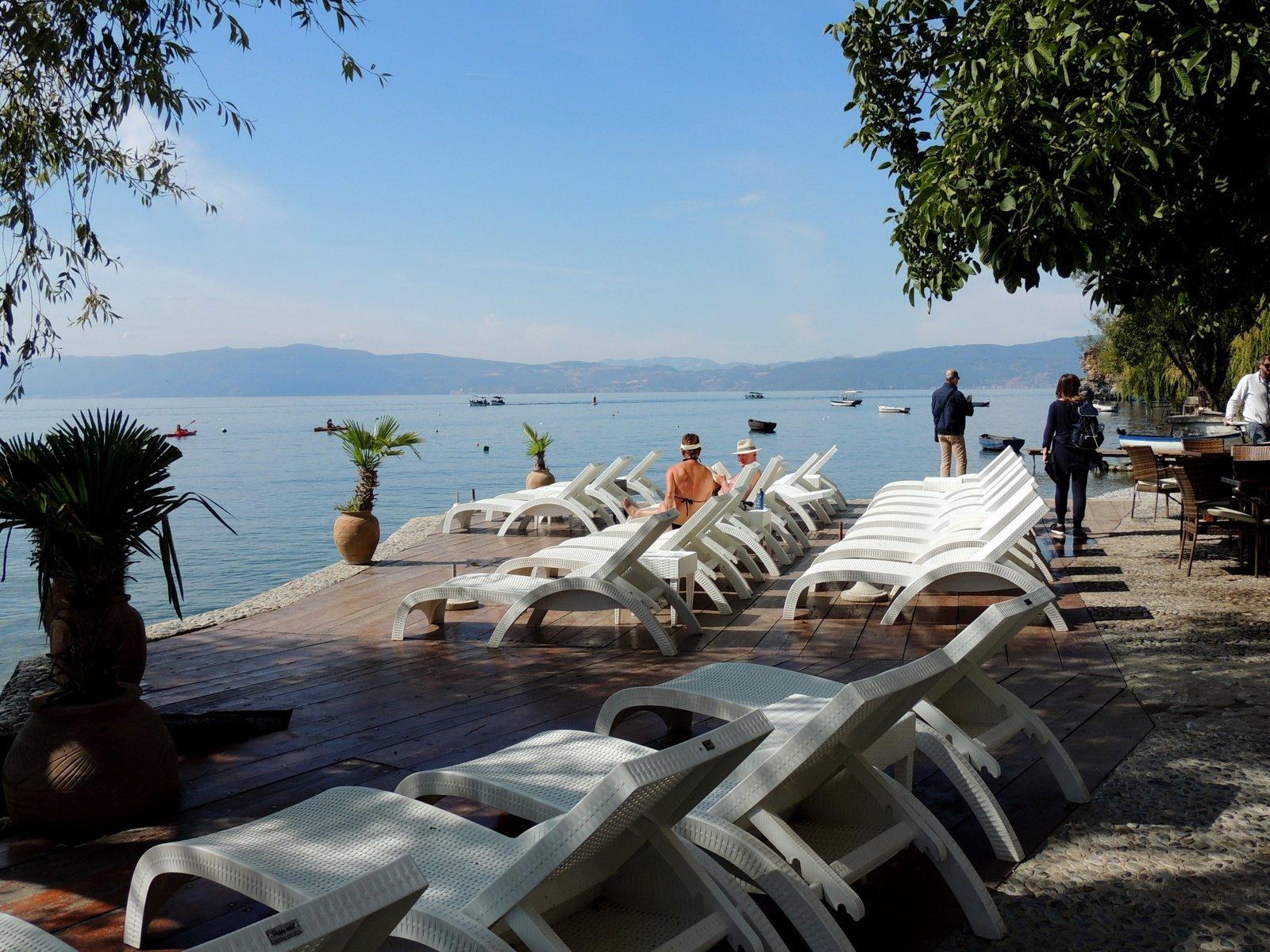 Strandbad in Ohrid mit Blick auf Albanien